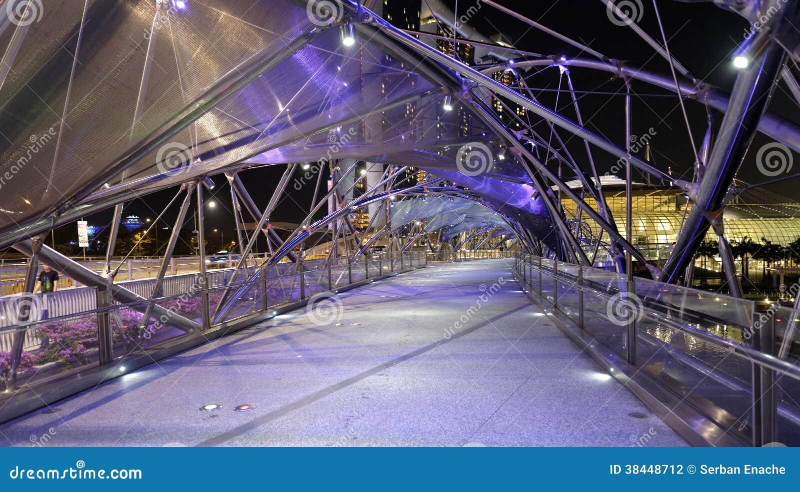 Pont d hélice à Singapour