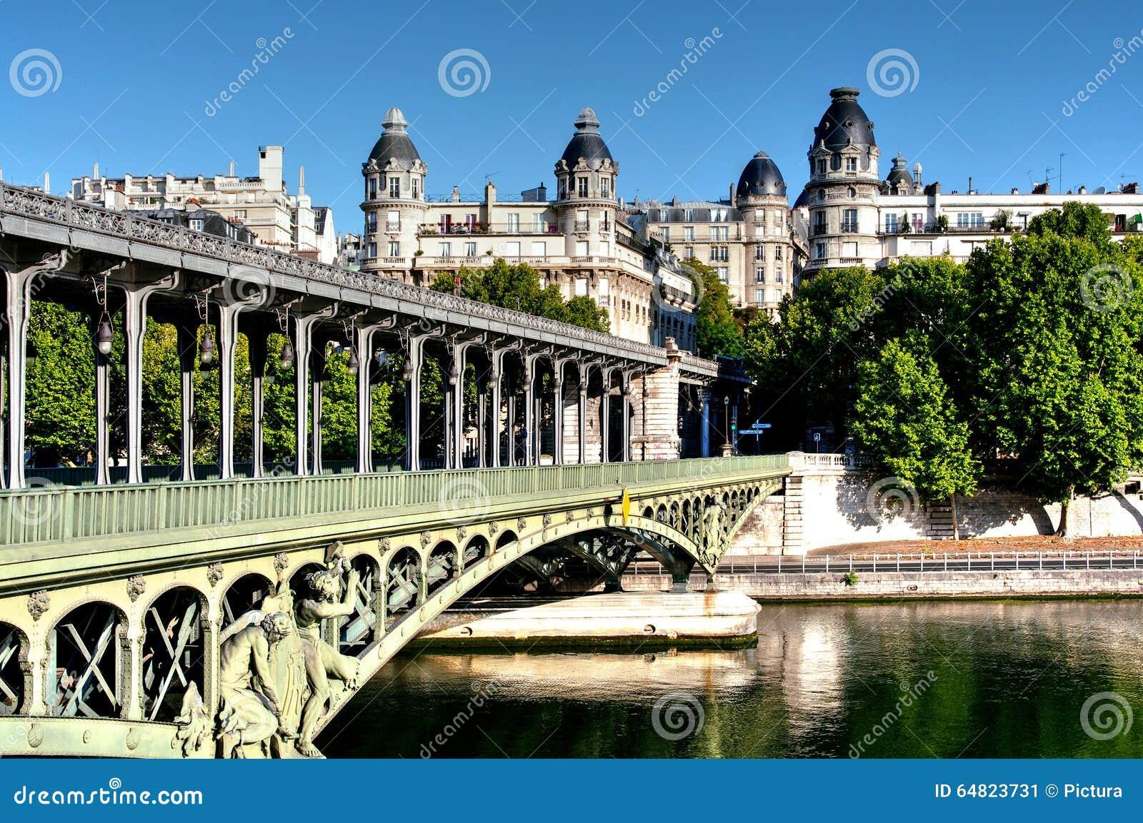 Pont De Bir Hakeim Paris France Stock Image Image Of