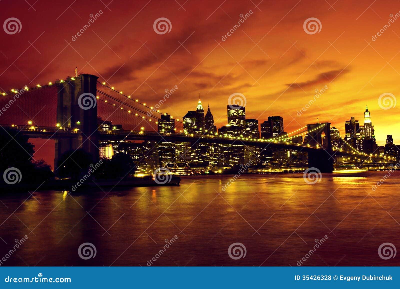Pont de brooklyn et manhattan au coucher du soleil new - Coucher du soleil new york ...