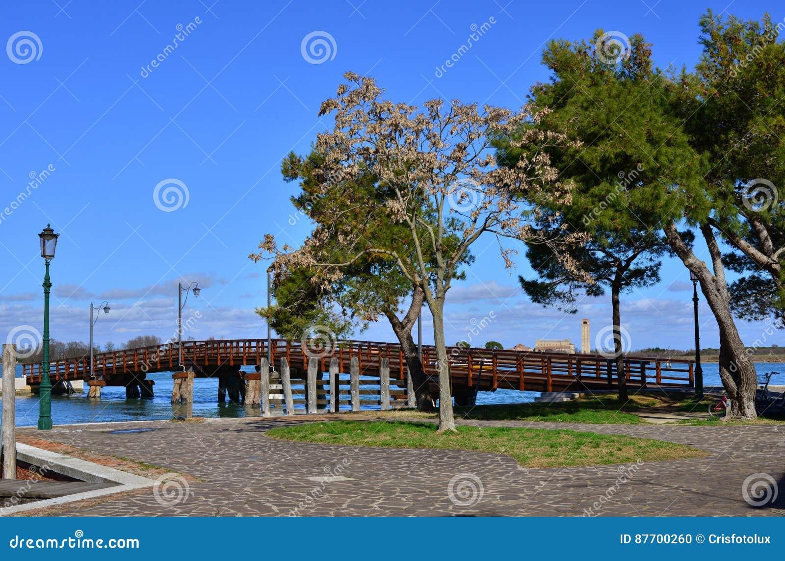 Pont de Burano et île de Torcello