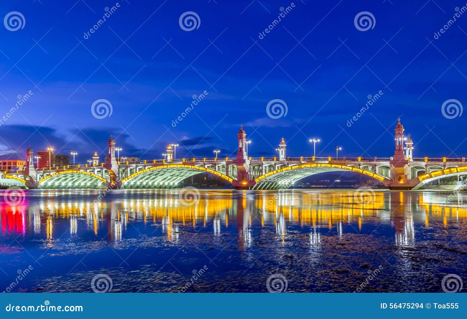 Pont de XingShen à Dali City, Yunnan Chine