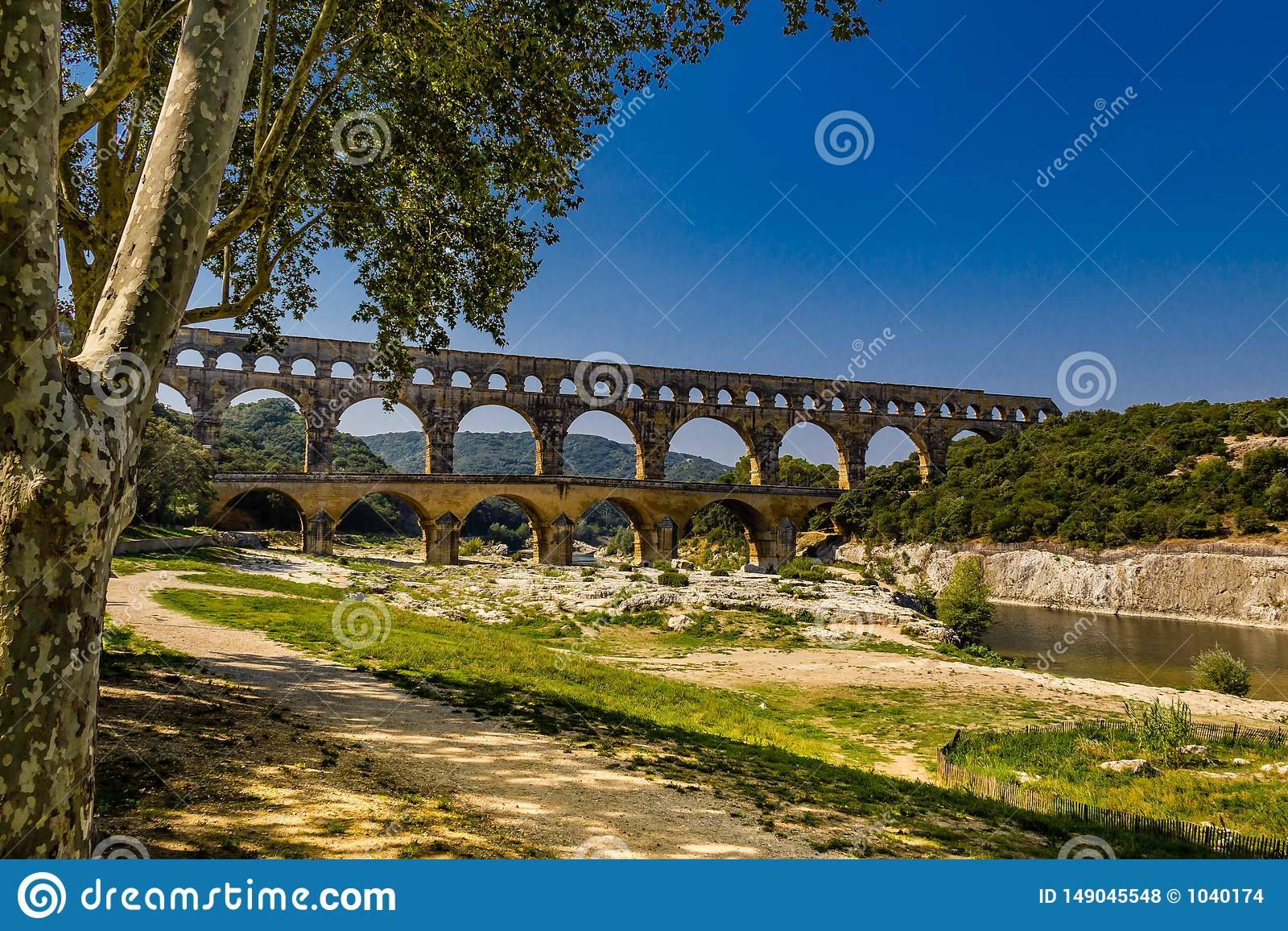 Pont du加尔省,南法国,gardon河好的射击