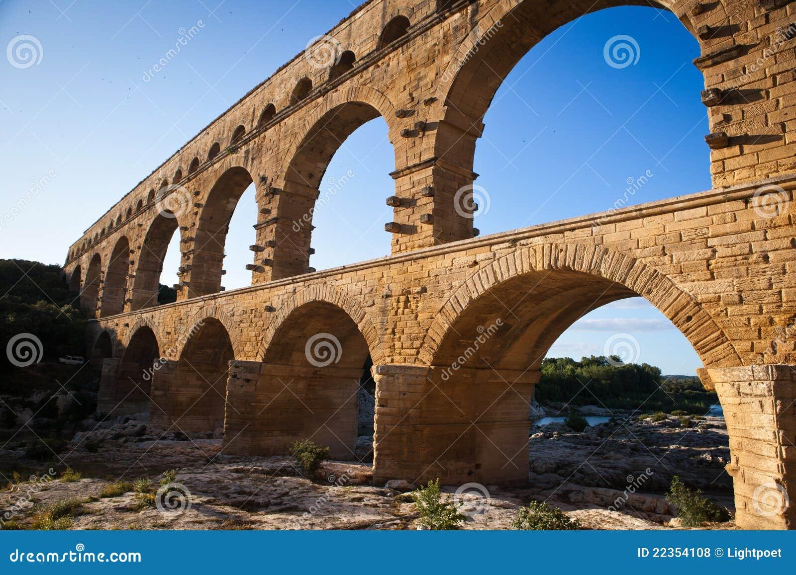 Pont du Gard,朗戈多克-鲁西荣