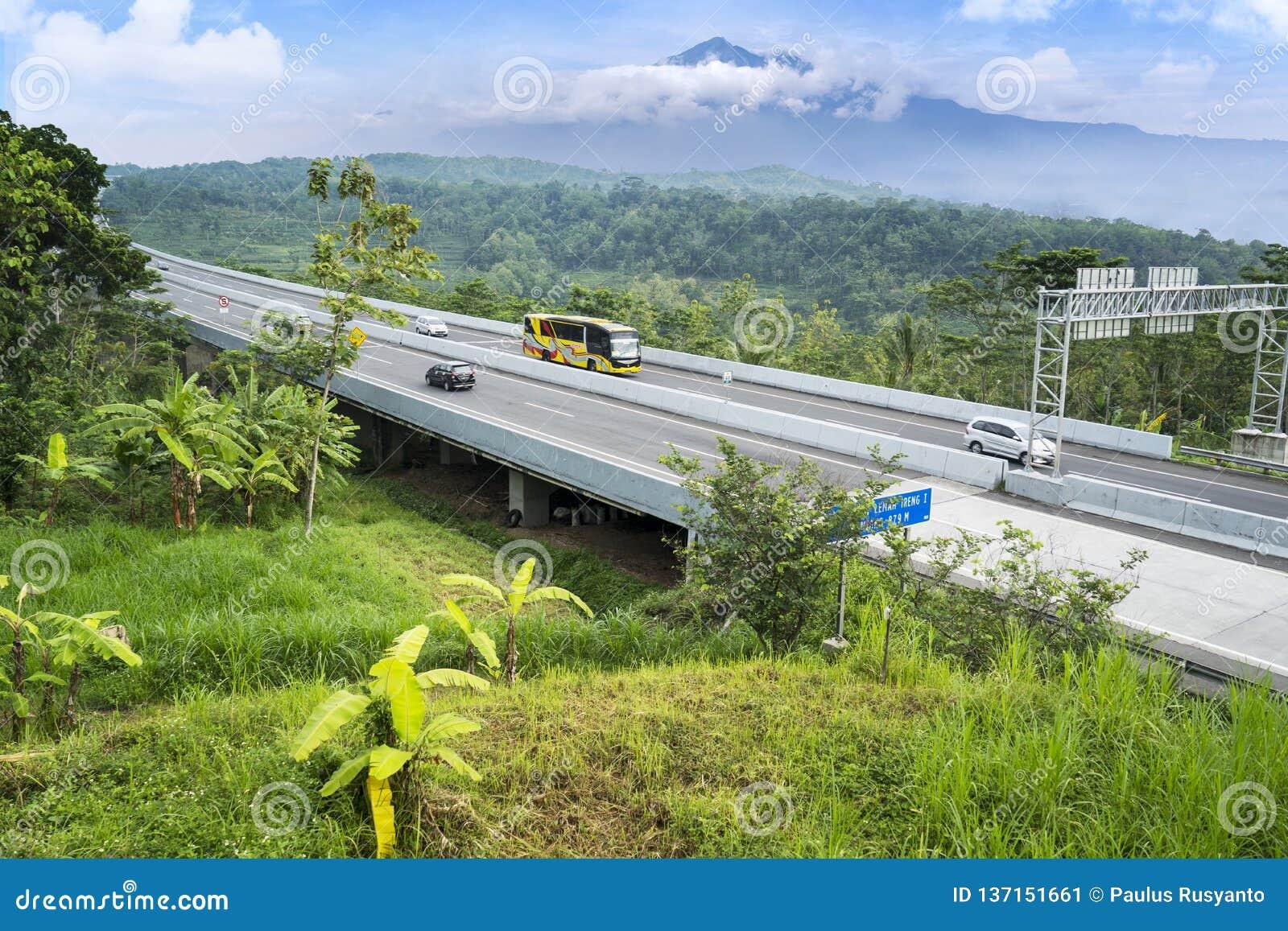 Pont en route de péage de Transport-Java avec le Mountain View