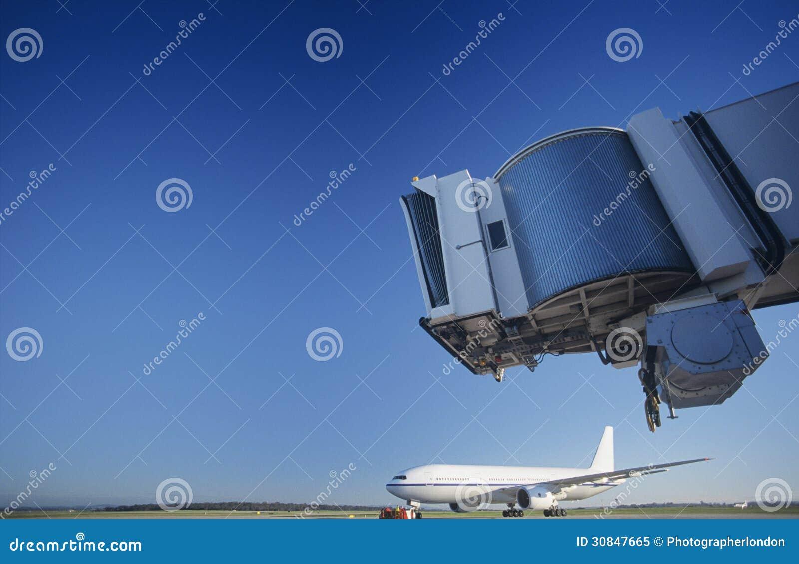 Pont et avion à l Australie de Melbourne d aéroport