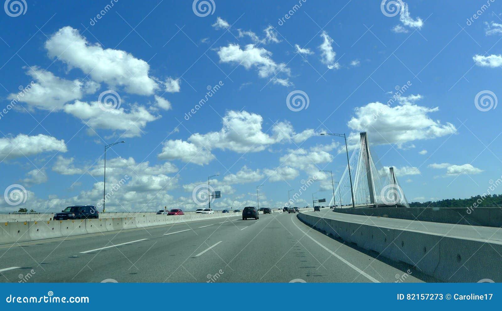 Pont suspendu de Mann de port, Canada