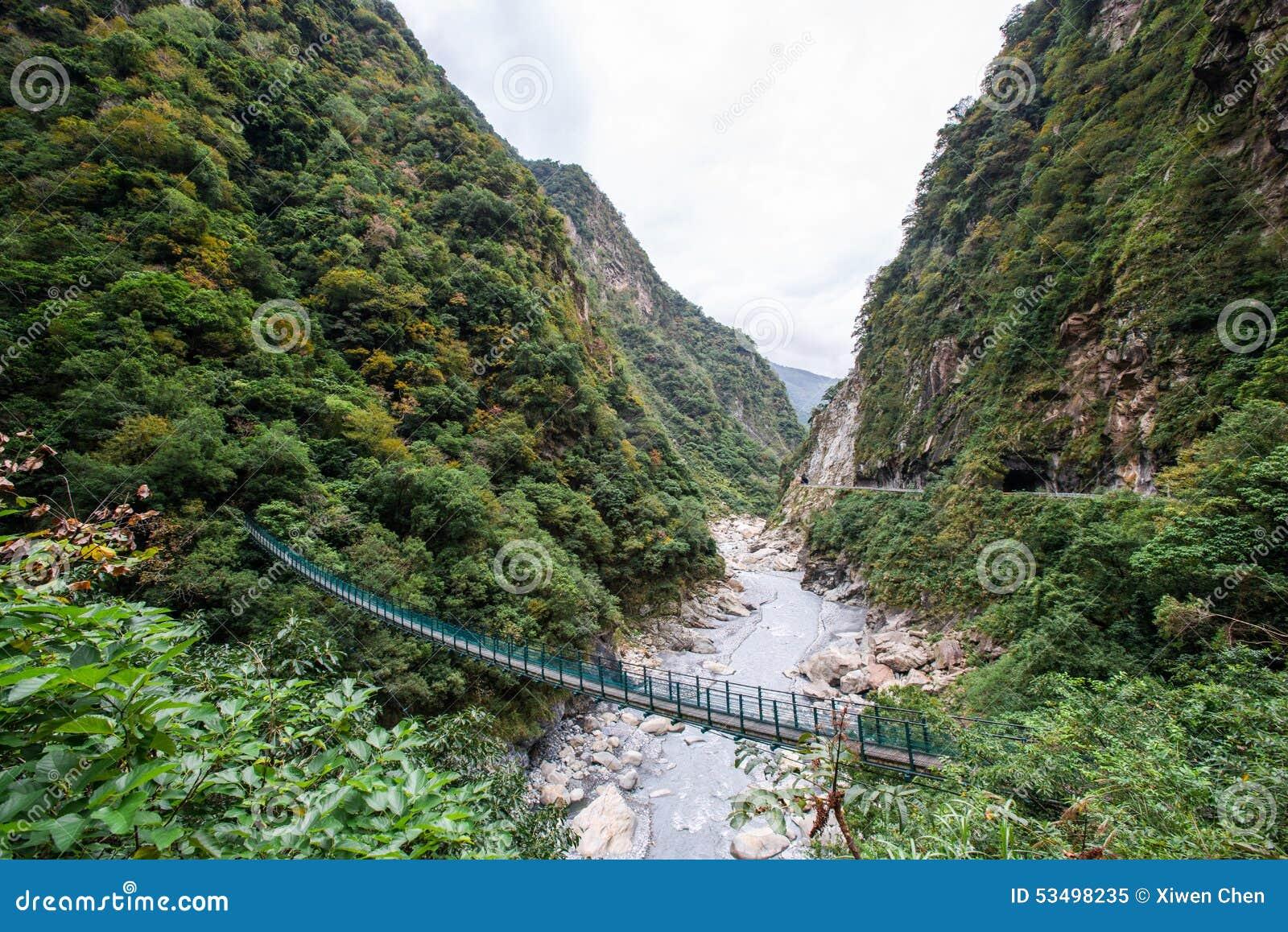 Pont suspendu en gorge de Taroko