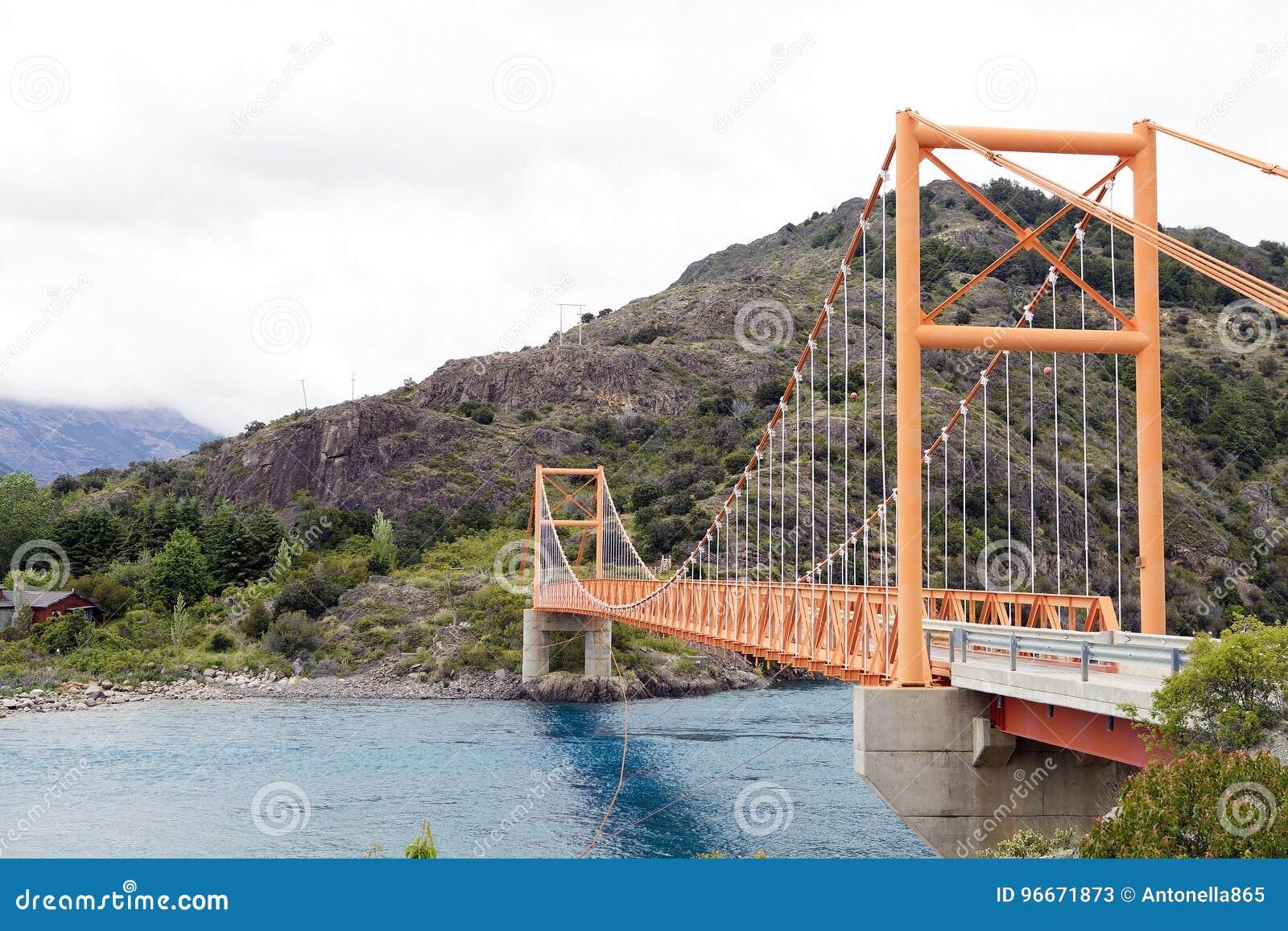 Ponte ao longo do Carretera Austral, Patagonia, o Chile