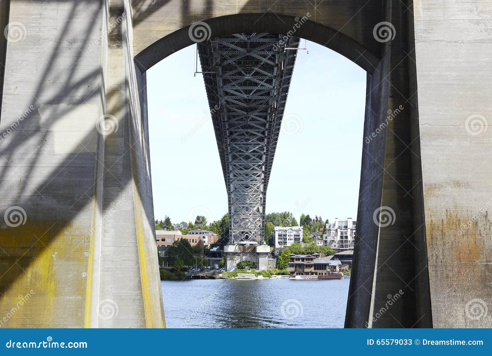 Ponte de Auora - Seattle, Washington