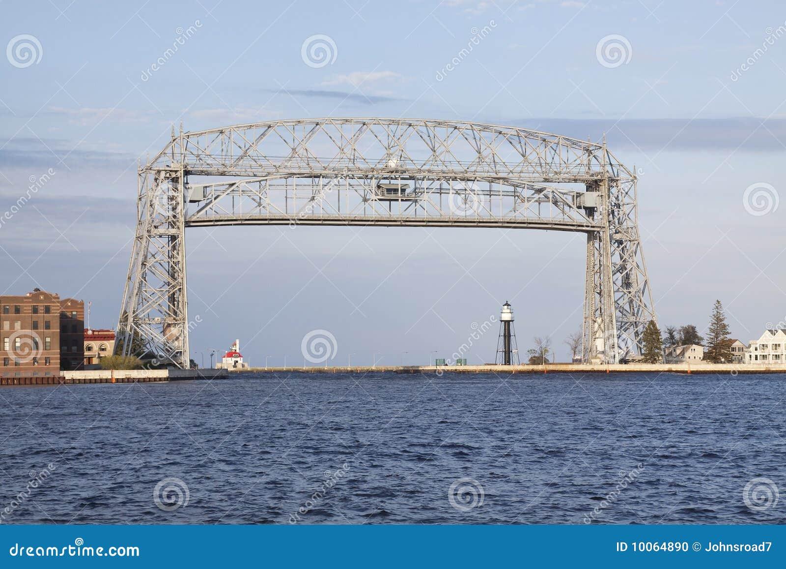Ponte de elevador de Duluth