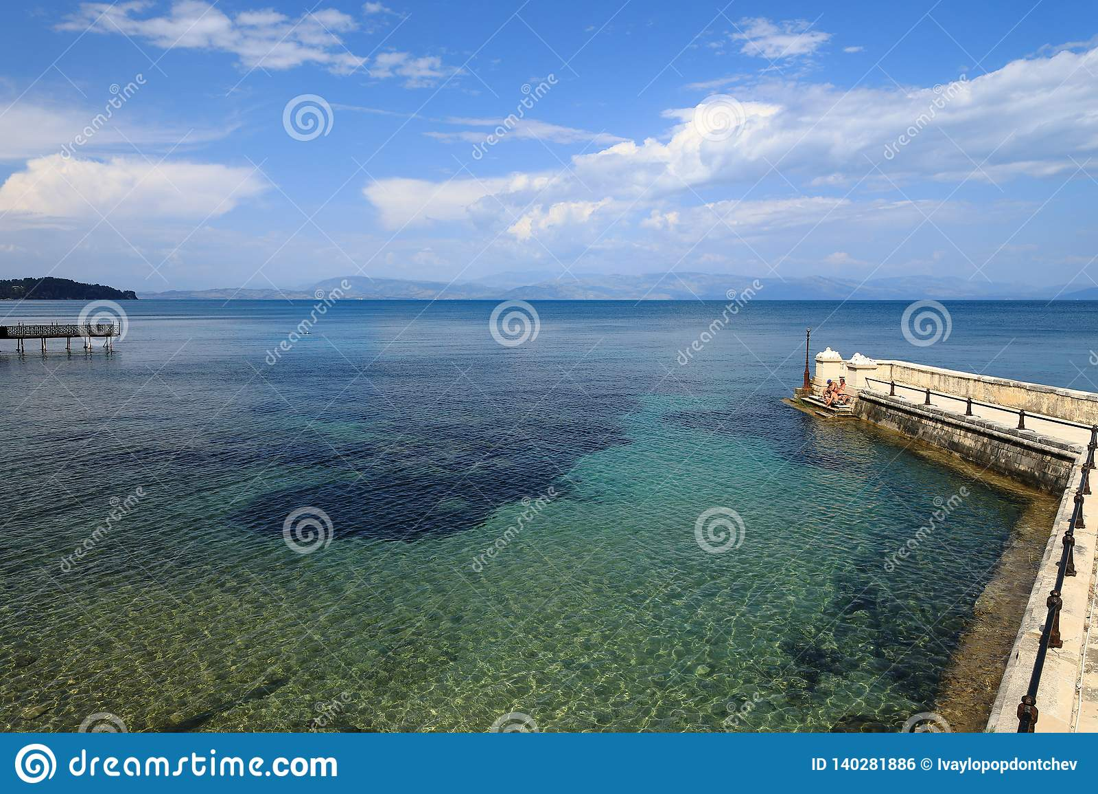 A ponte de Kaiser, ilha de Corfu, Grécia, Europa