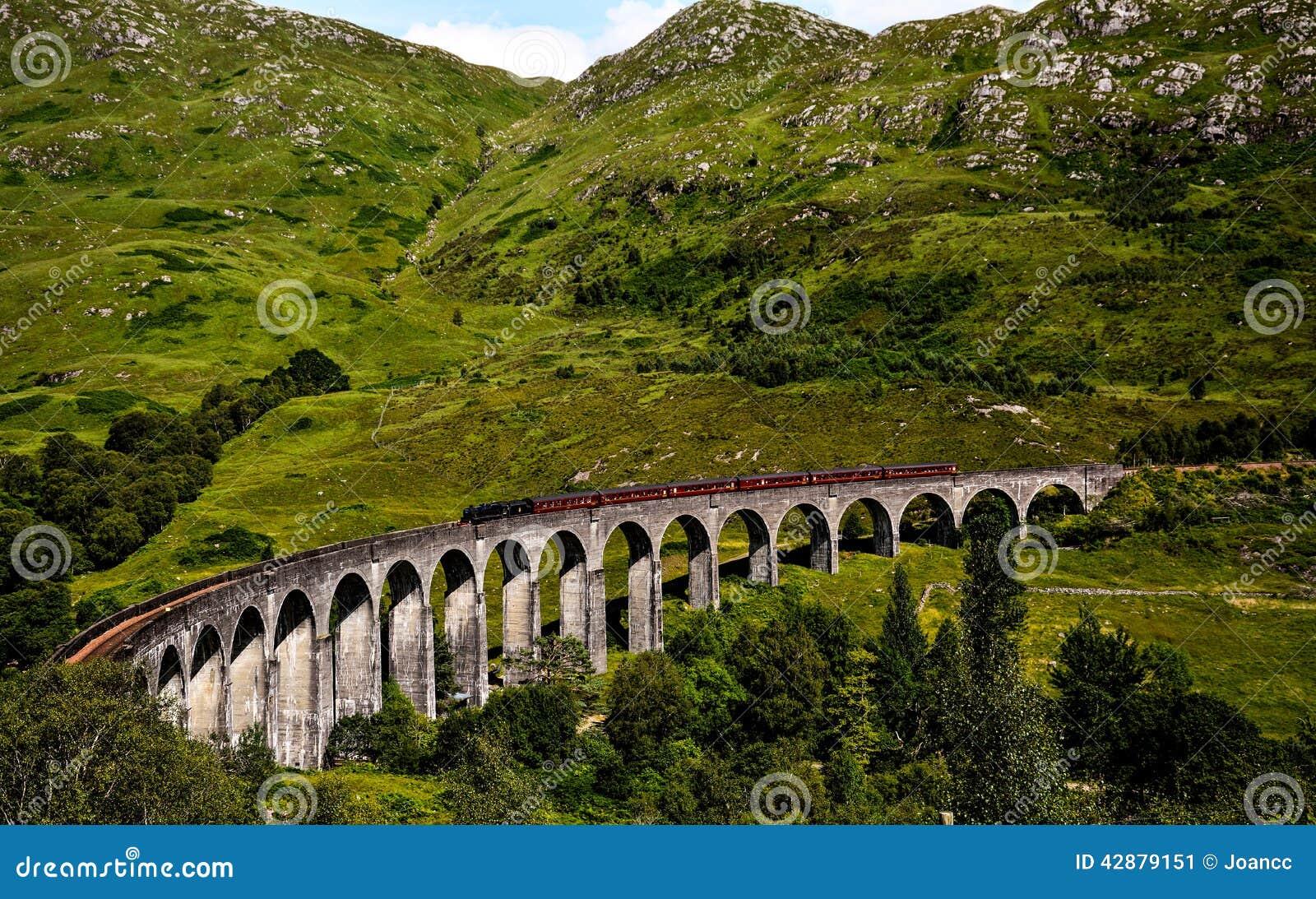 Ponte do trem em Glenfinnan