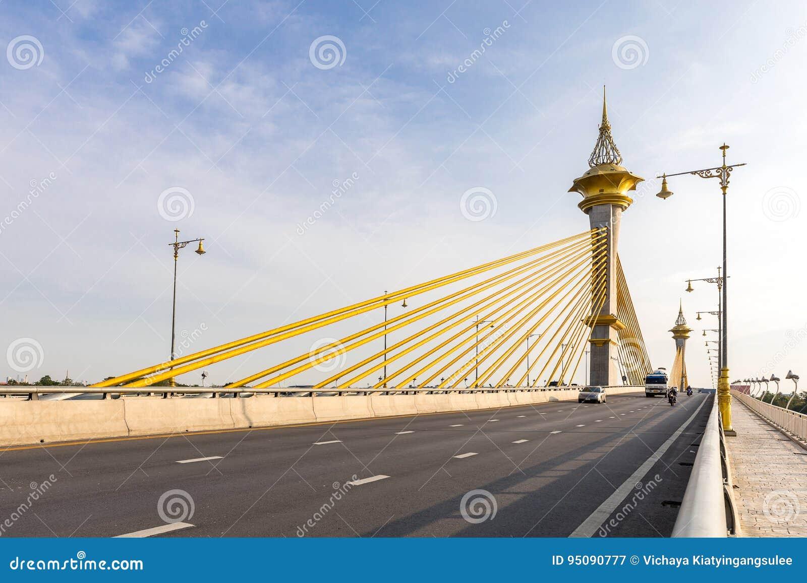 Ponte em Nonthaburi Tailândia