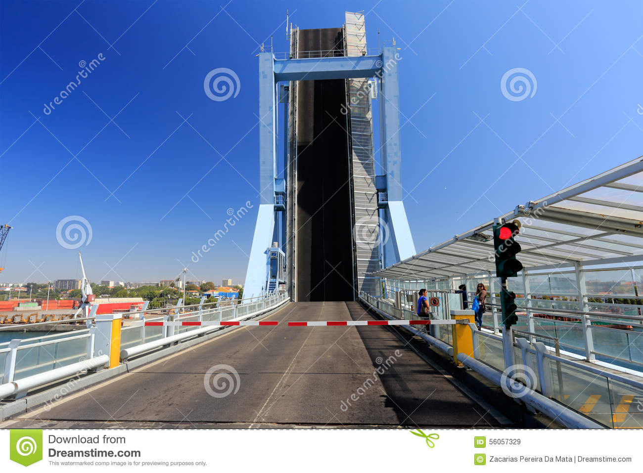 ponte mobile immagine stock editoriale immagine 56057329