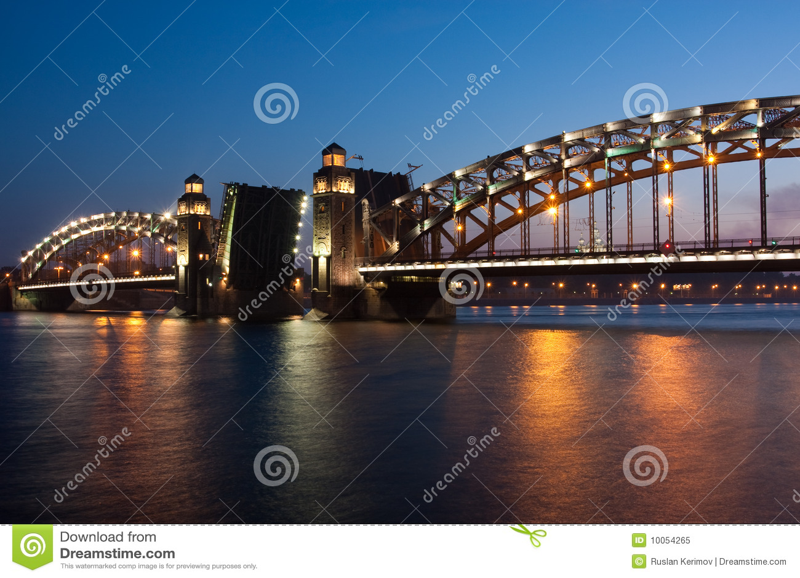 Ponte. St-Petersburgo