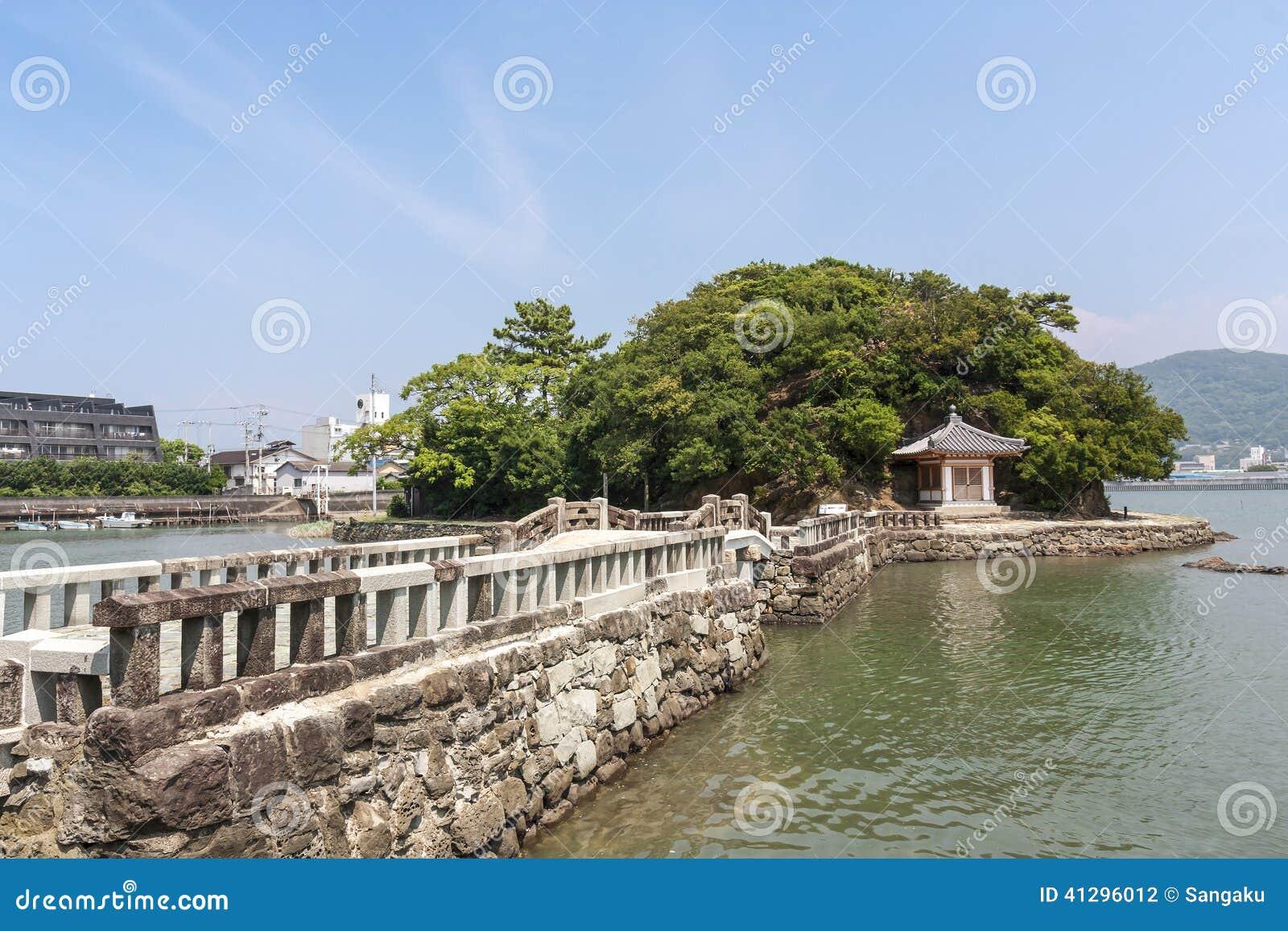 Ponte velha na cidade de Wakayama, Japão