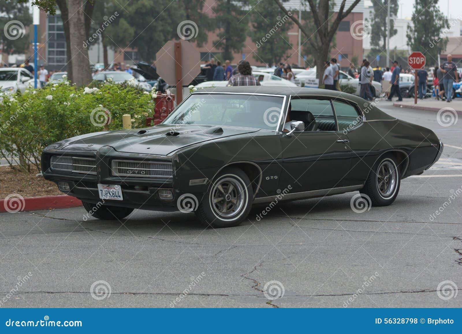 Pontiac Gto 2015 >> Pontiac Gto Car On Display Editorial Stock Photo Image Of