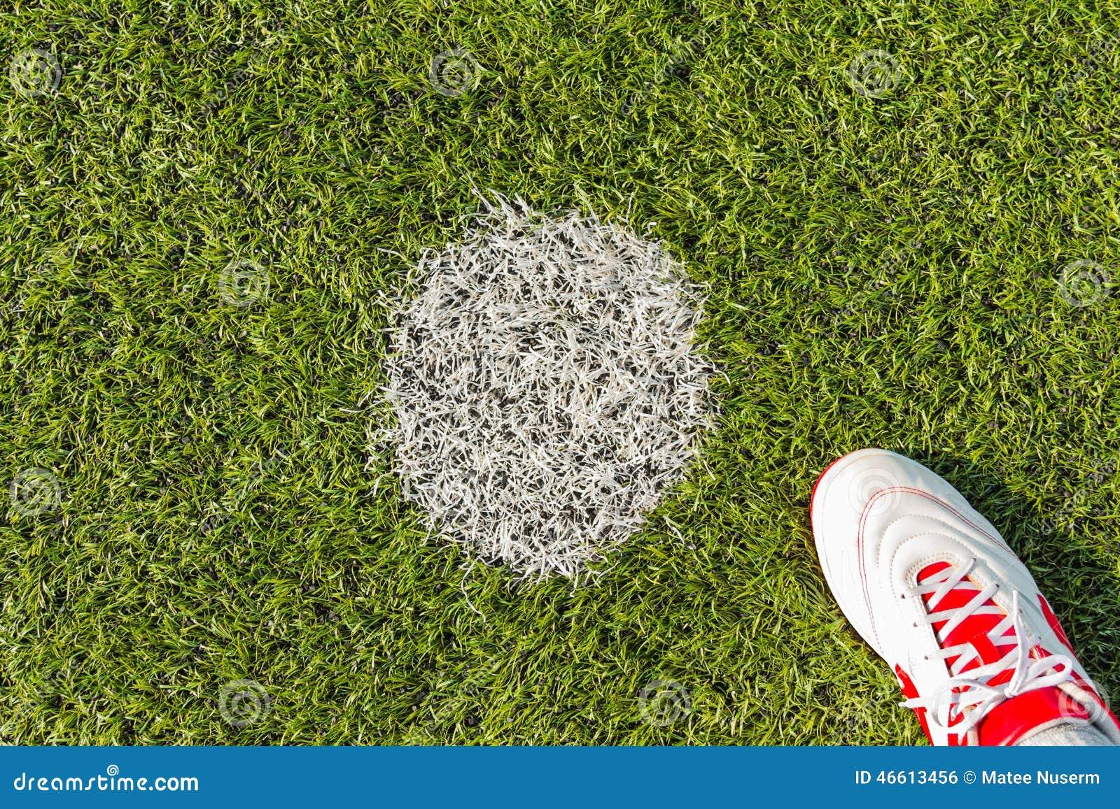 Ponto da penalidade no passo do futebol