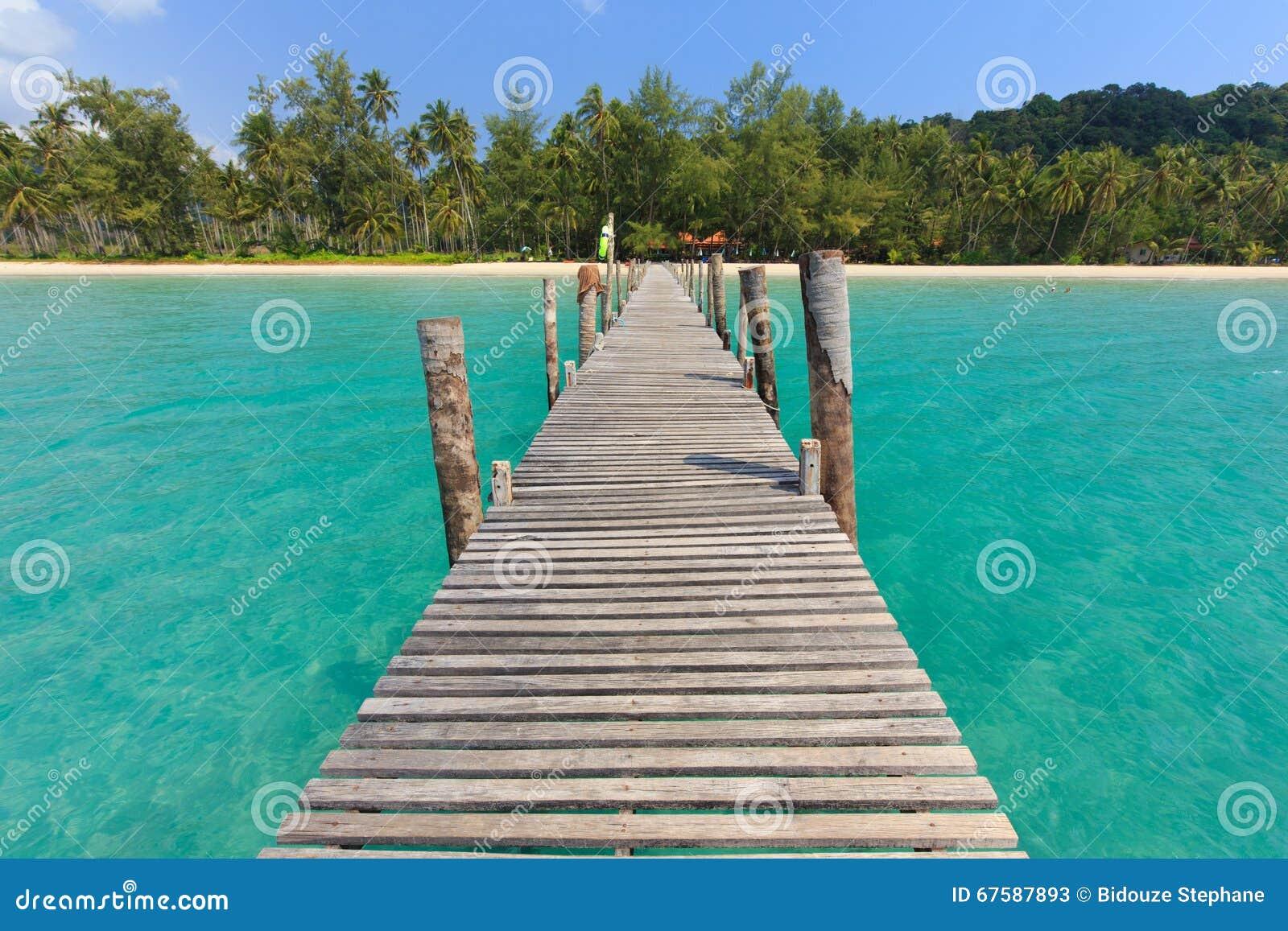 Bien-aimé Ponton En Bois En Mer Tropicale Photo stock - Image: 67587893 XF77