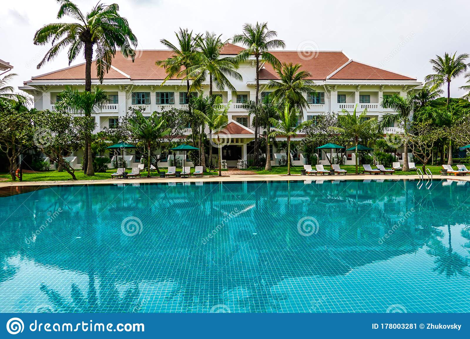 Pool In The Historic Luxury Raffles Grand Hotel D Angkor In Heart Of Siem Reap Cambodia Editorial Photo Image Of Exotic Flower 178003281
