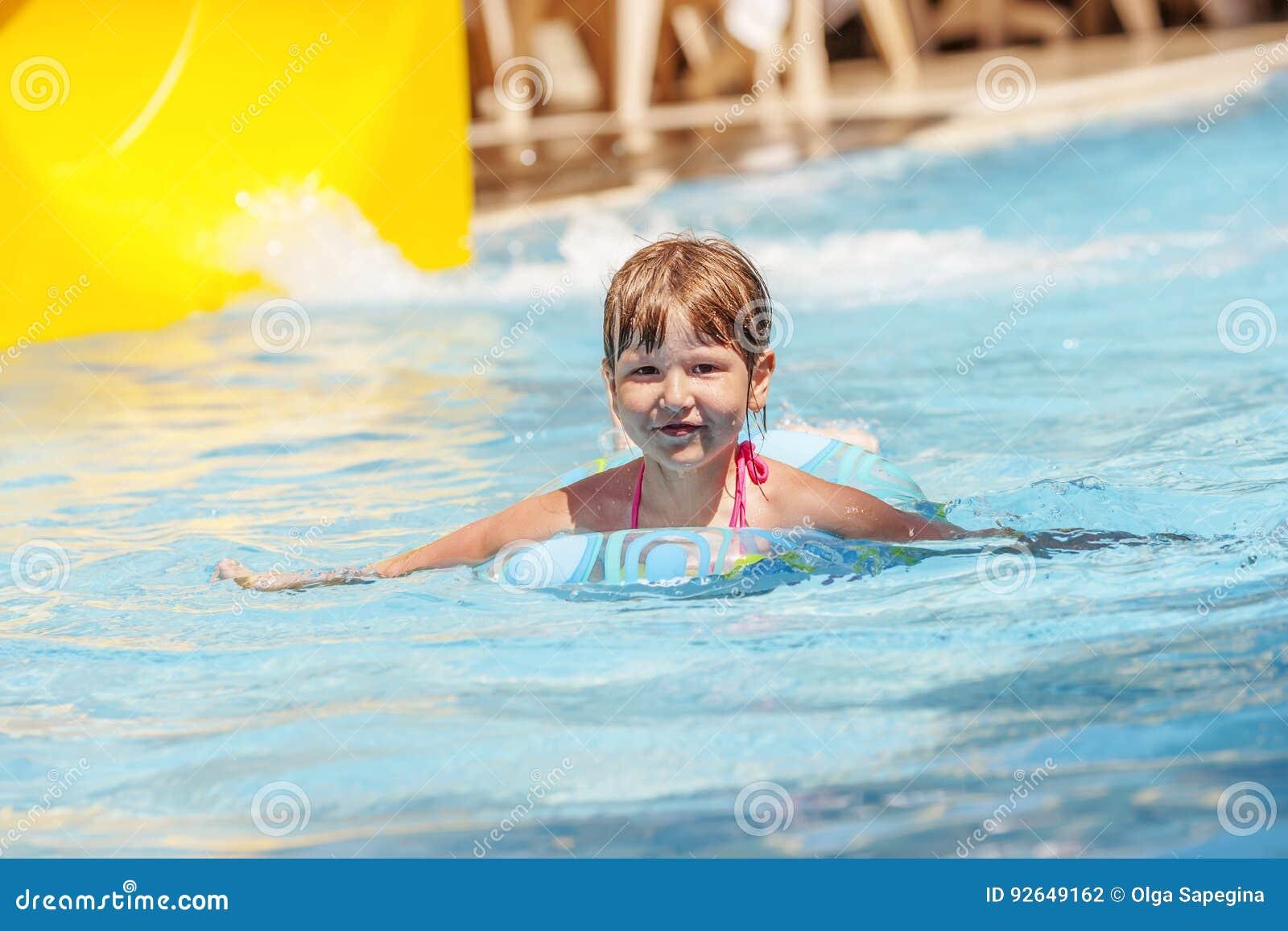 Pool simning