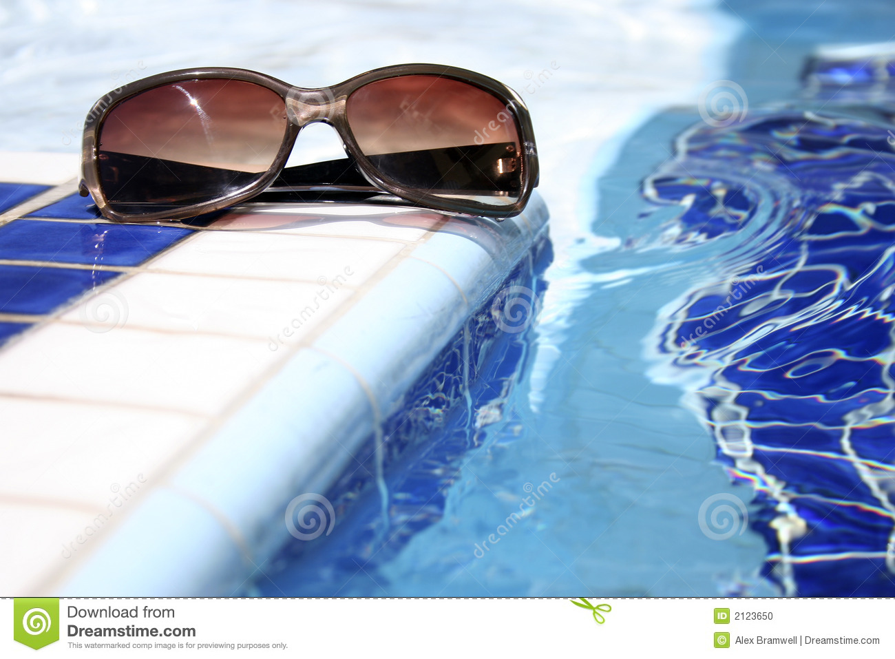 Pool sunglasses stock photo image 2123650 for Object pool design pattern