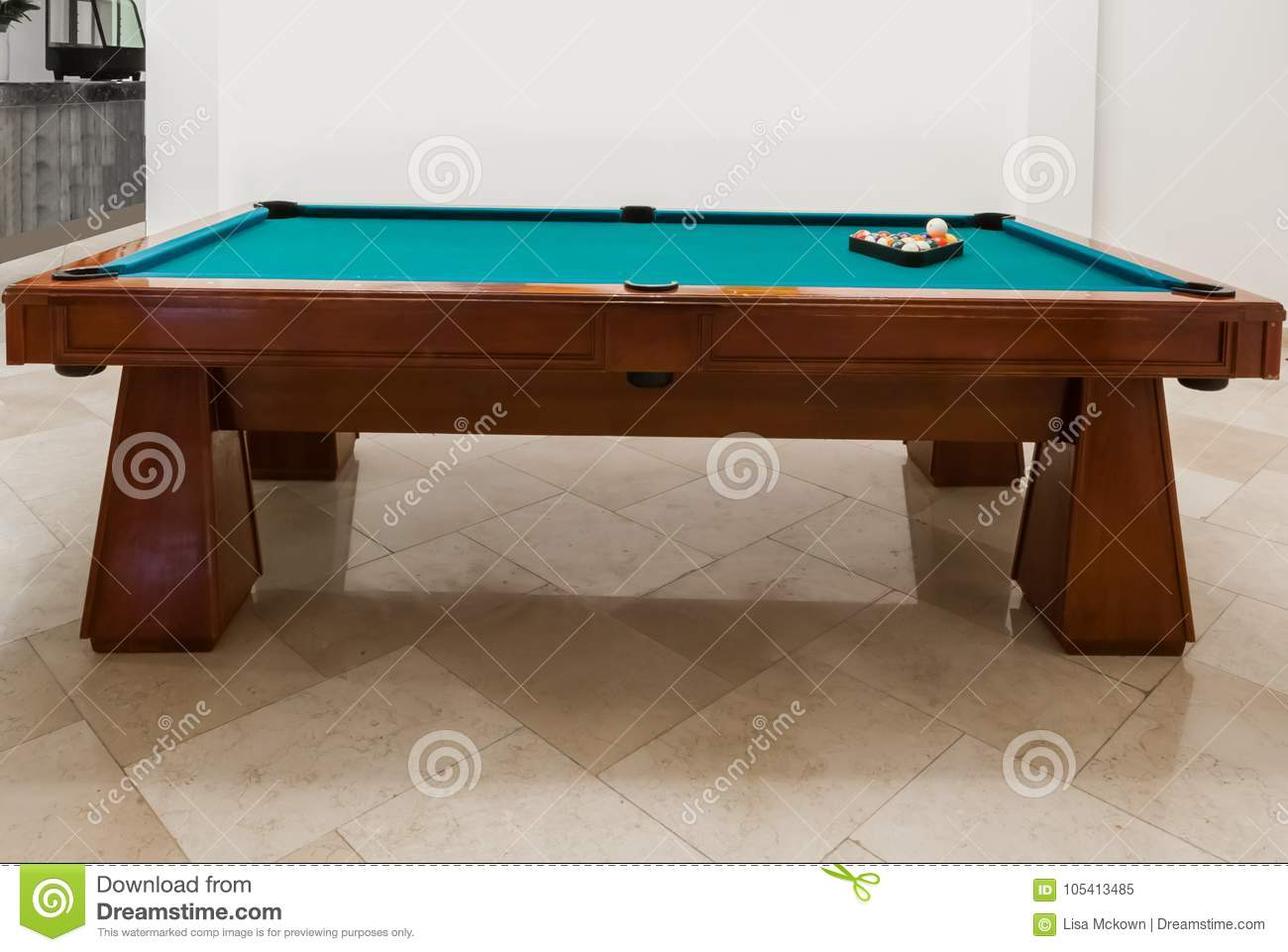 Pool Table With Green Felt Stock Image Image Of Relaxation - Pool table base