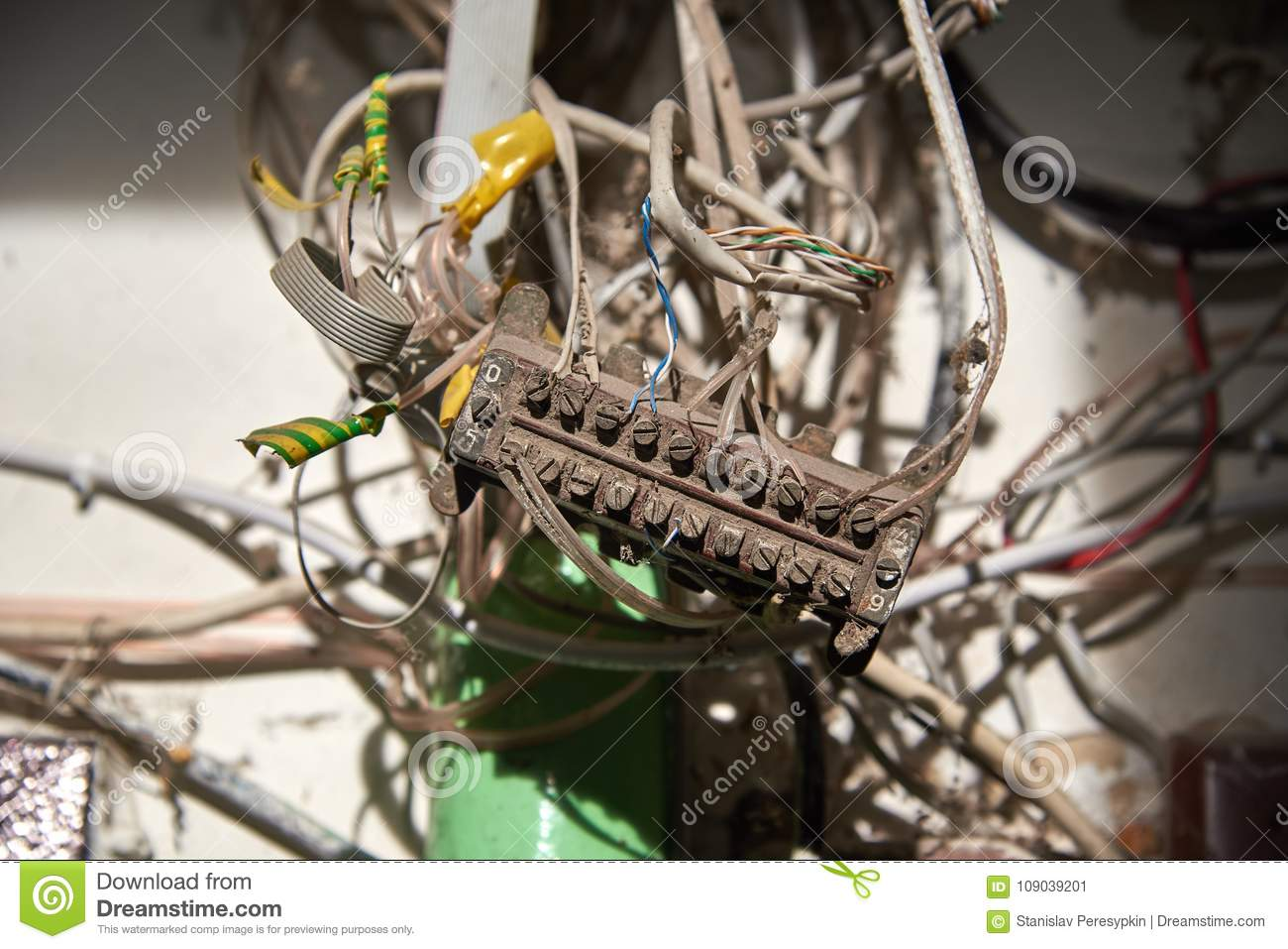 Poorly insulated, dirty ugly wires.