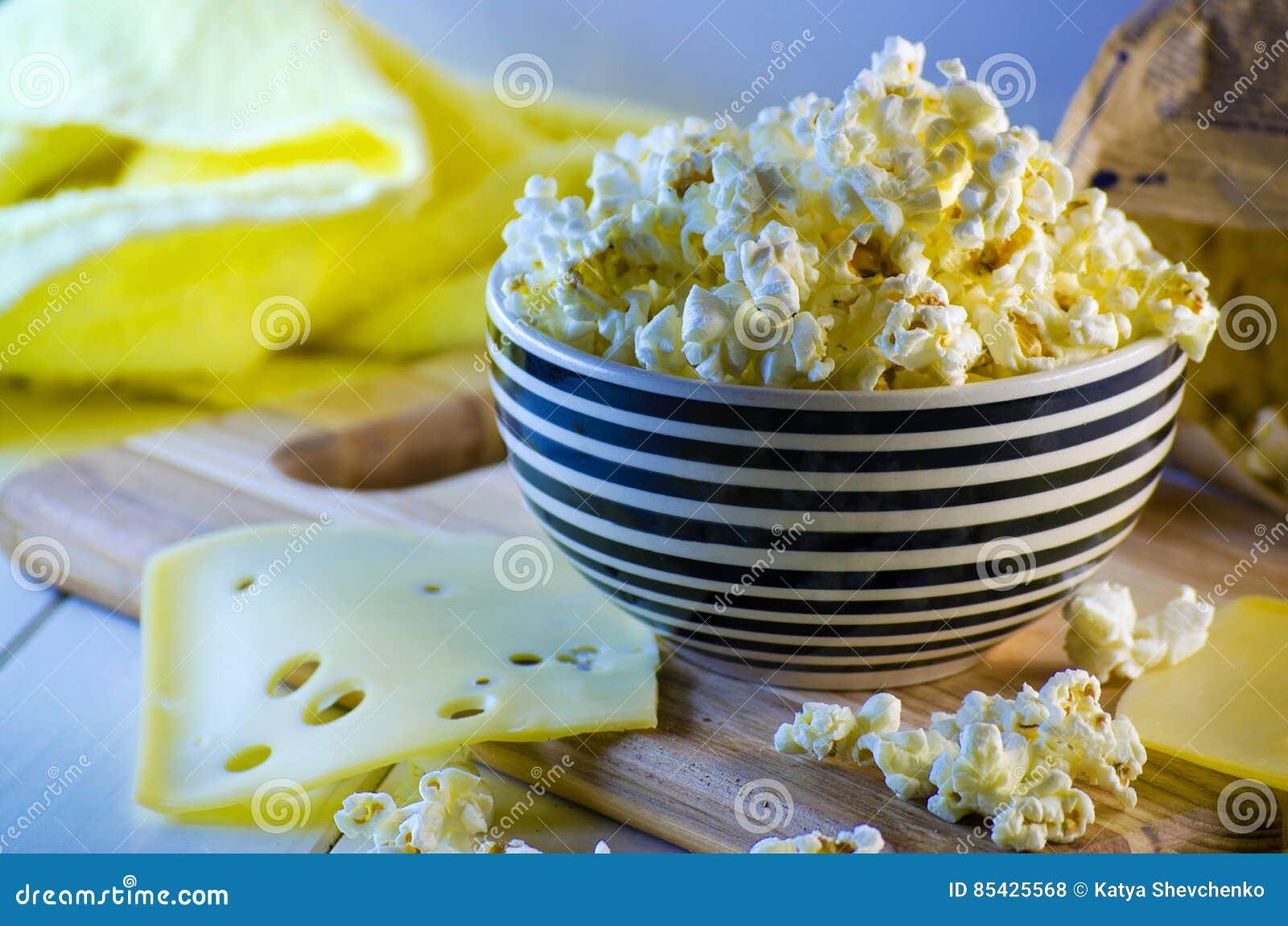 Popcorn και τυρί