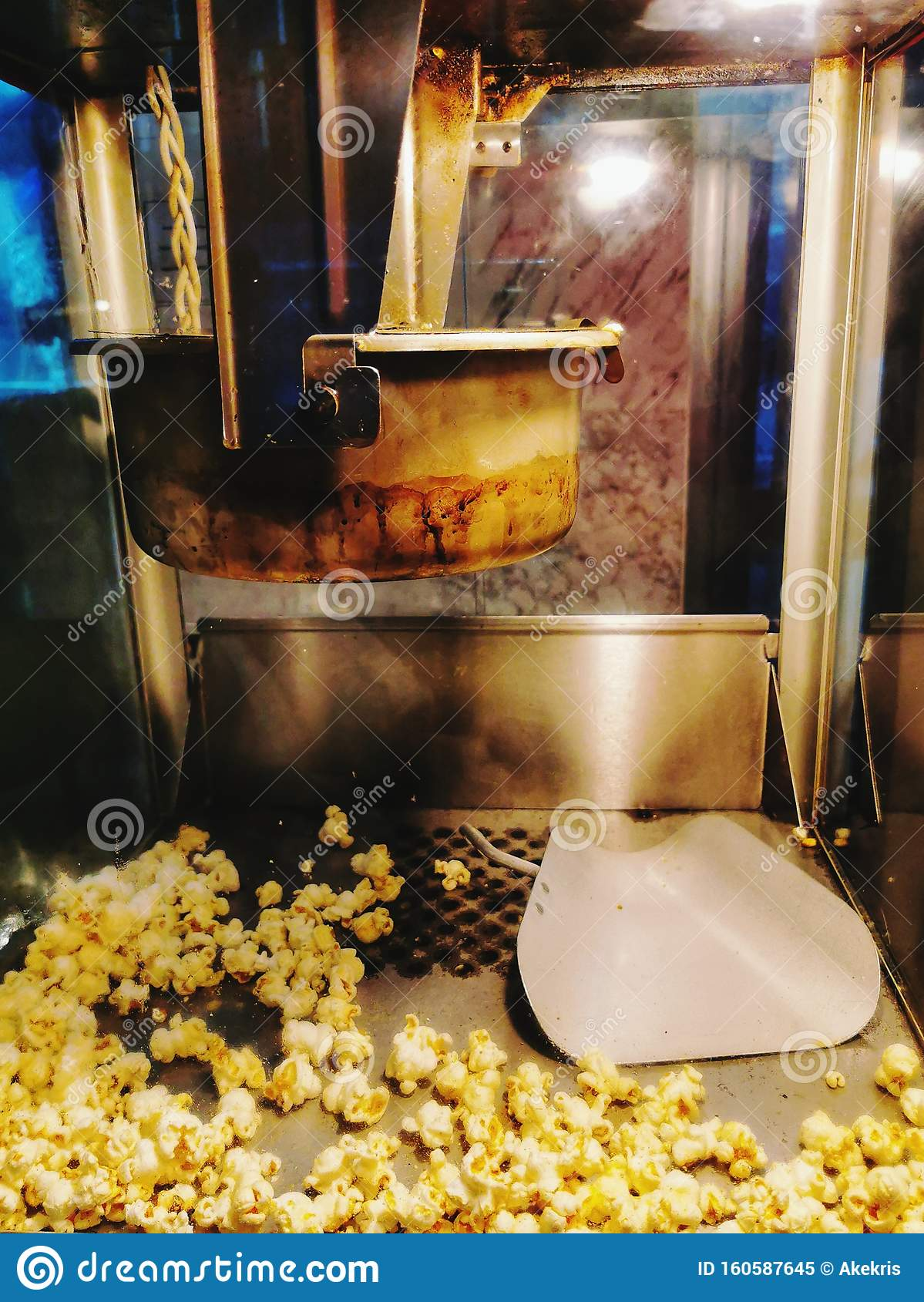 The Popcorn Maker Machine Movie Theater Stock Image Image Of Machine Maker 160587645
