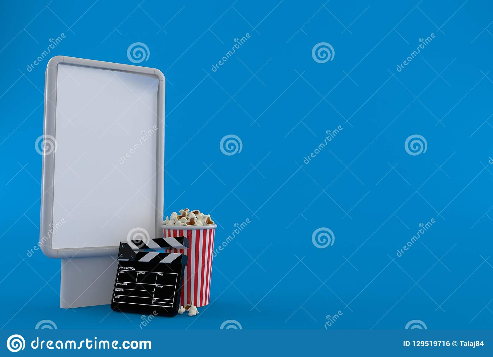 Popcorn och panelbräda med den tomma affischtavlan