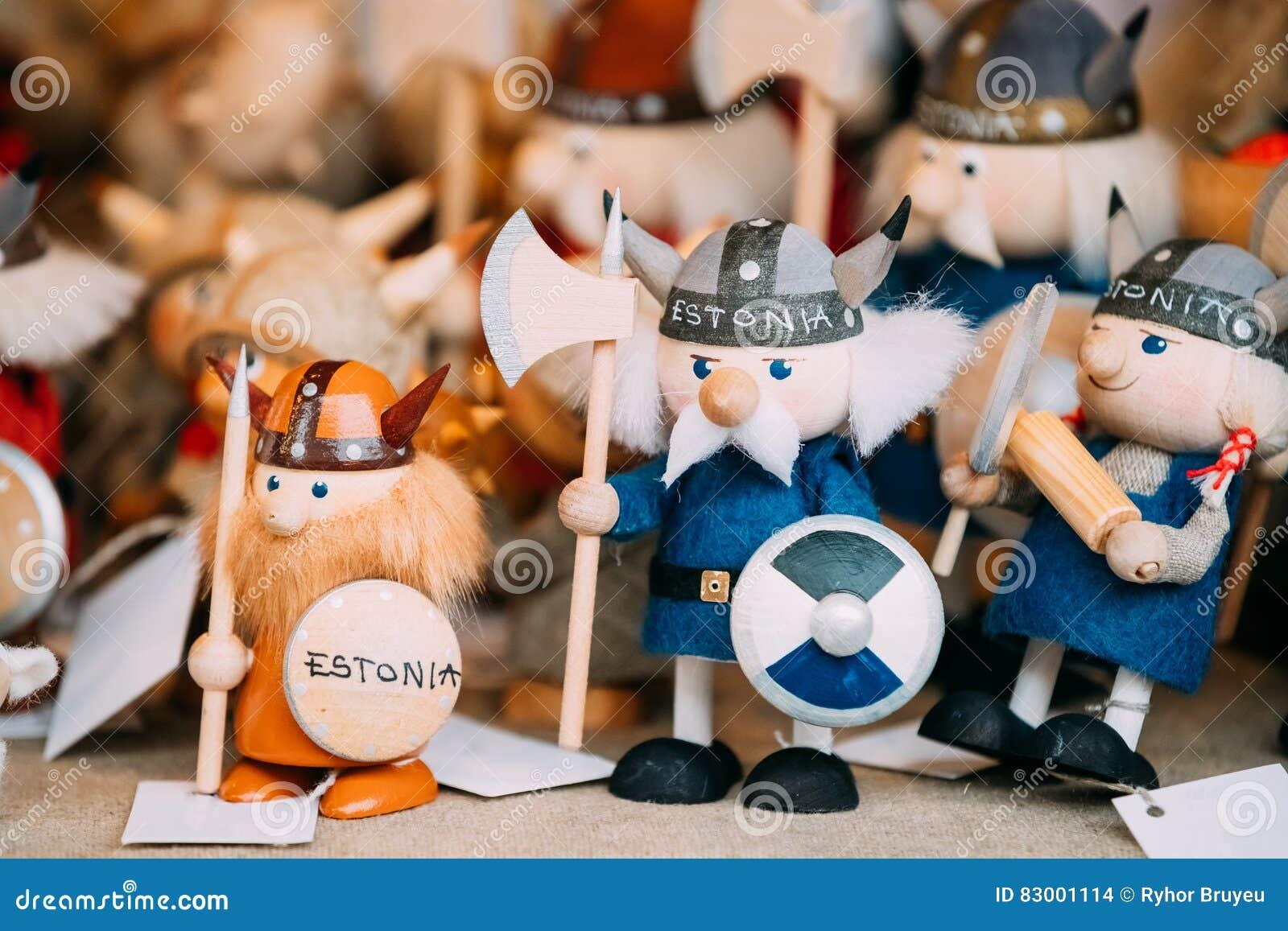 Popuar Souvenirs Ethnic Folk National Wooden Viking Dolls Toys At