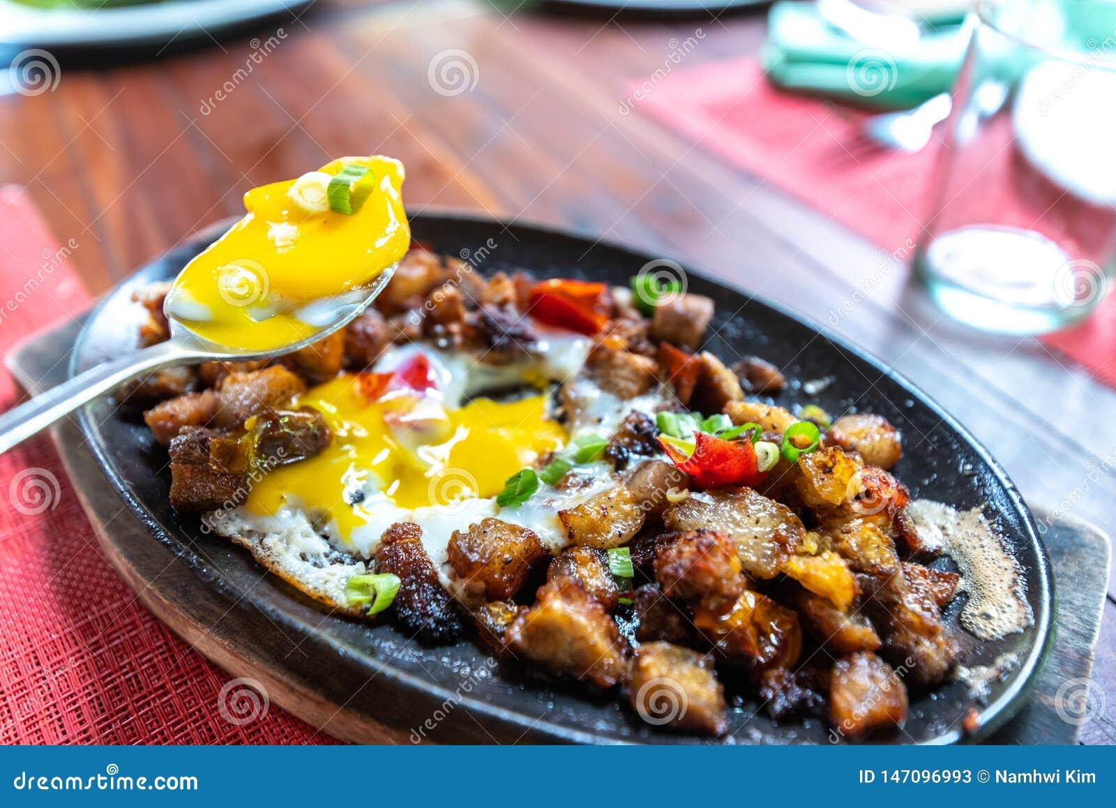 Populaire Filipion-schotel - varkensvlees sisig