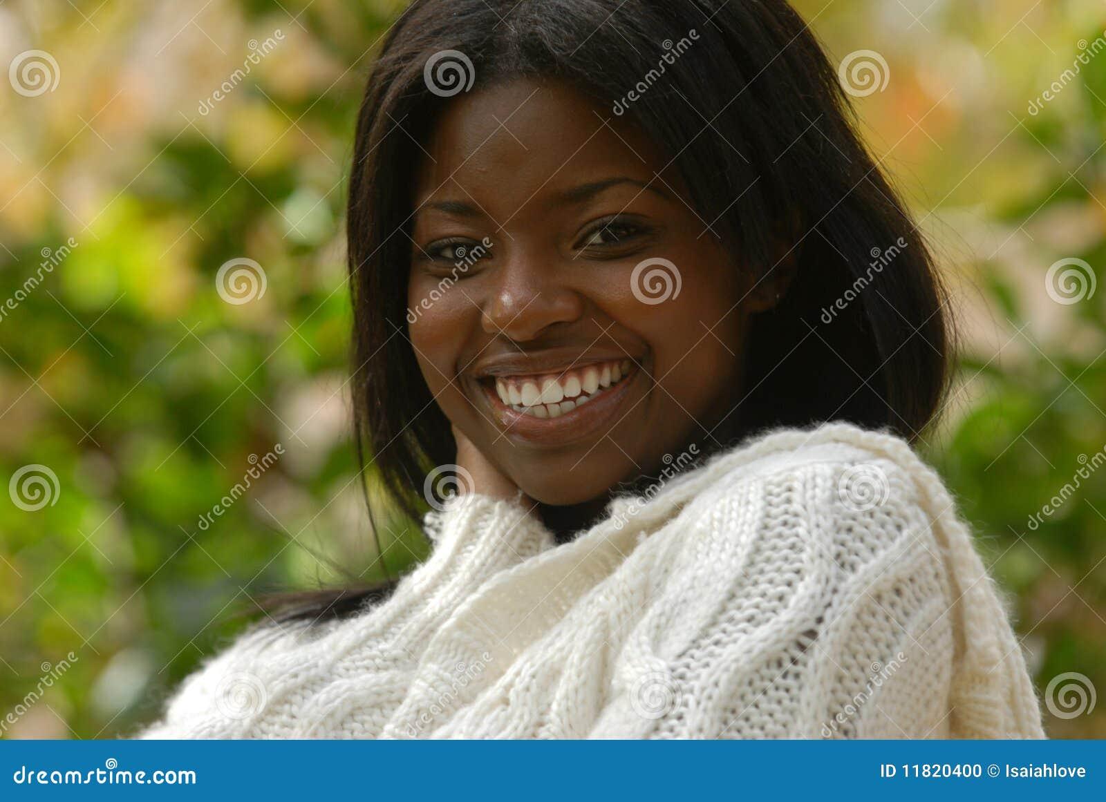 Por completo de la sonrisa y de la alegría