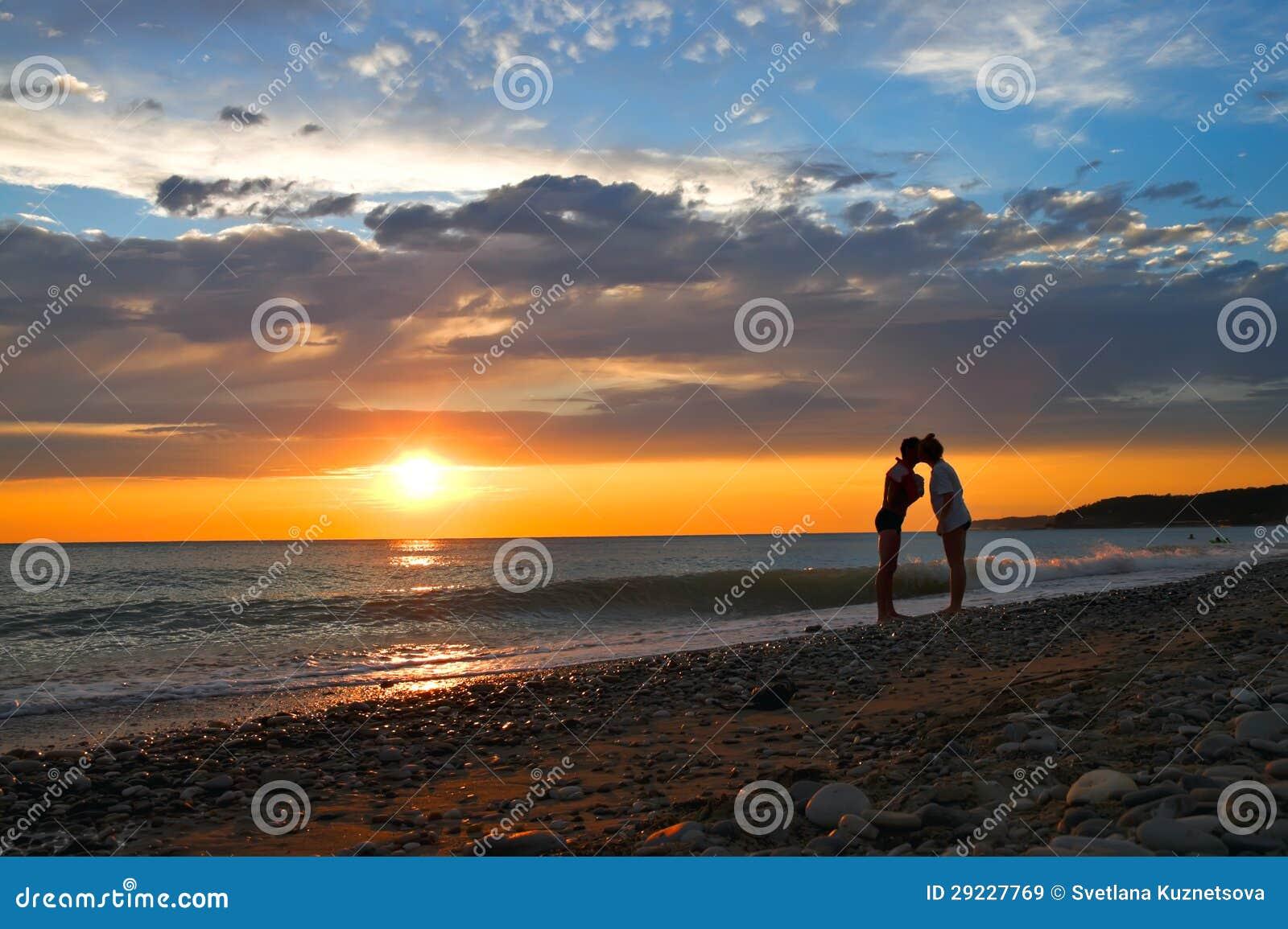 Download Por do sol imagem de stock. Imagem de costa, nuvens, rússia - 29227769
