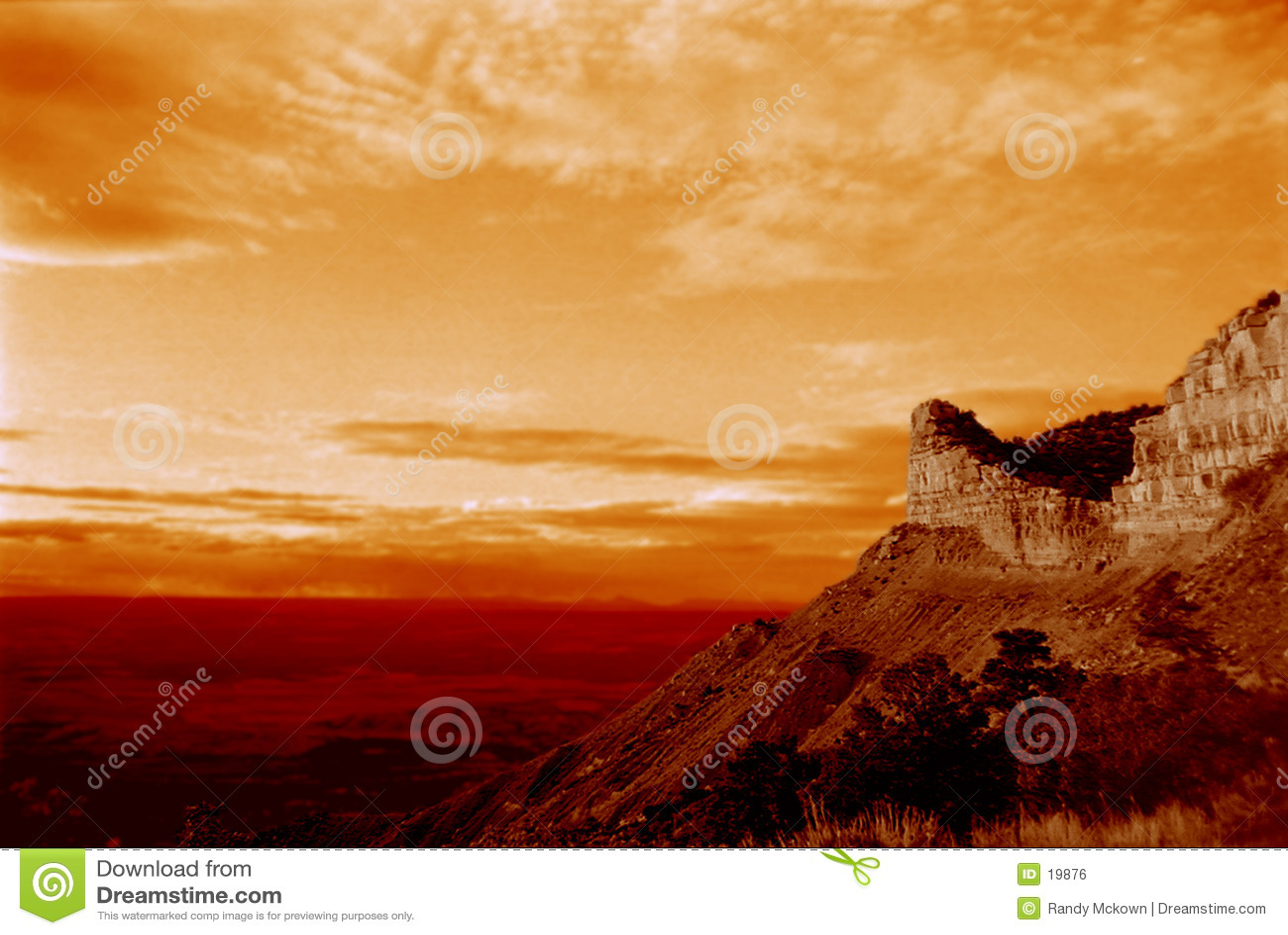 Por do sol da montanha do deserto