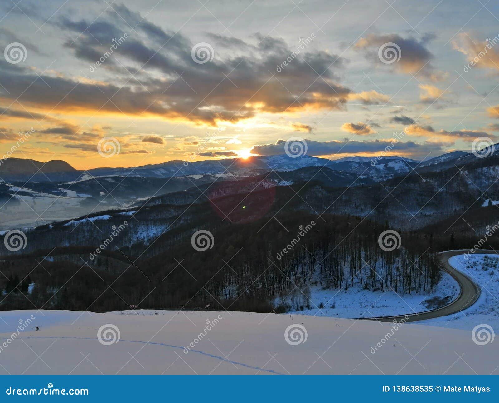 Por do sol em Eslováquia