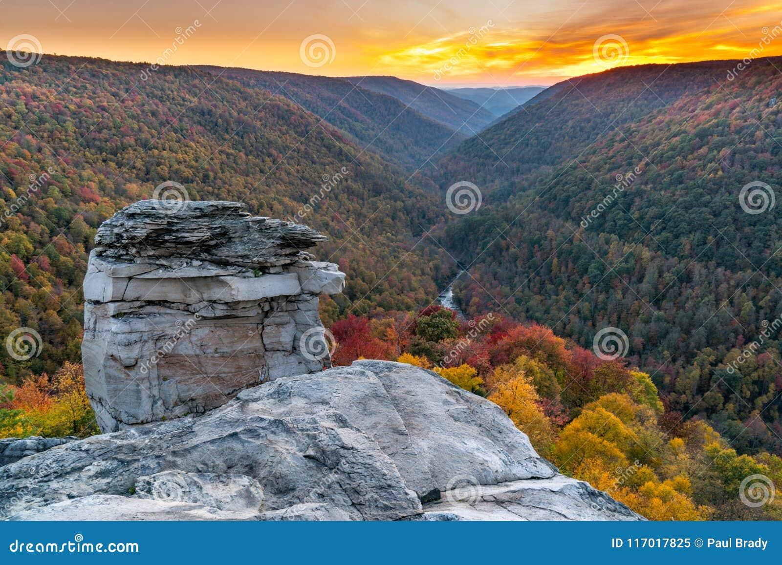 Por do sol em Lindy Point, West Virginia
