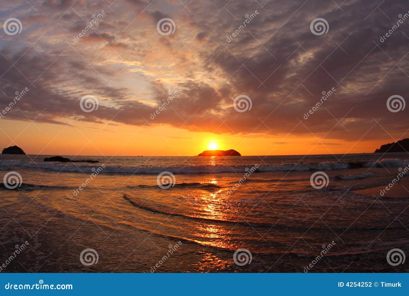 Por do sol em Manuel Antonio (Costa-Rica)