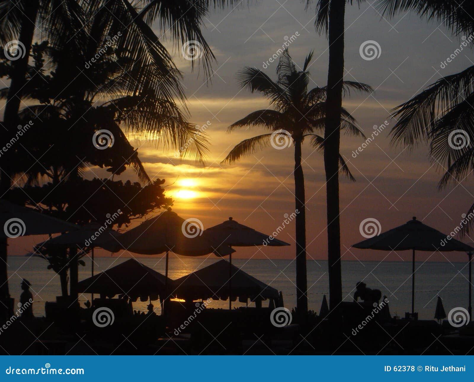 Por do sol em Phuket, Tailândia
