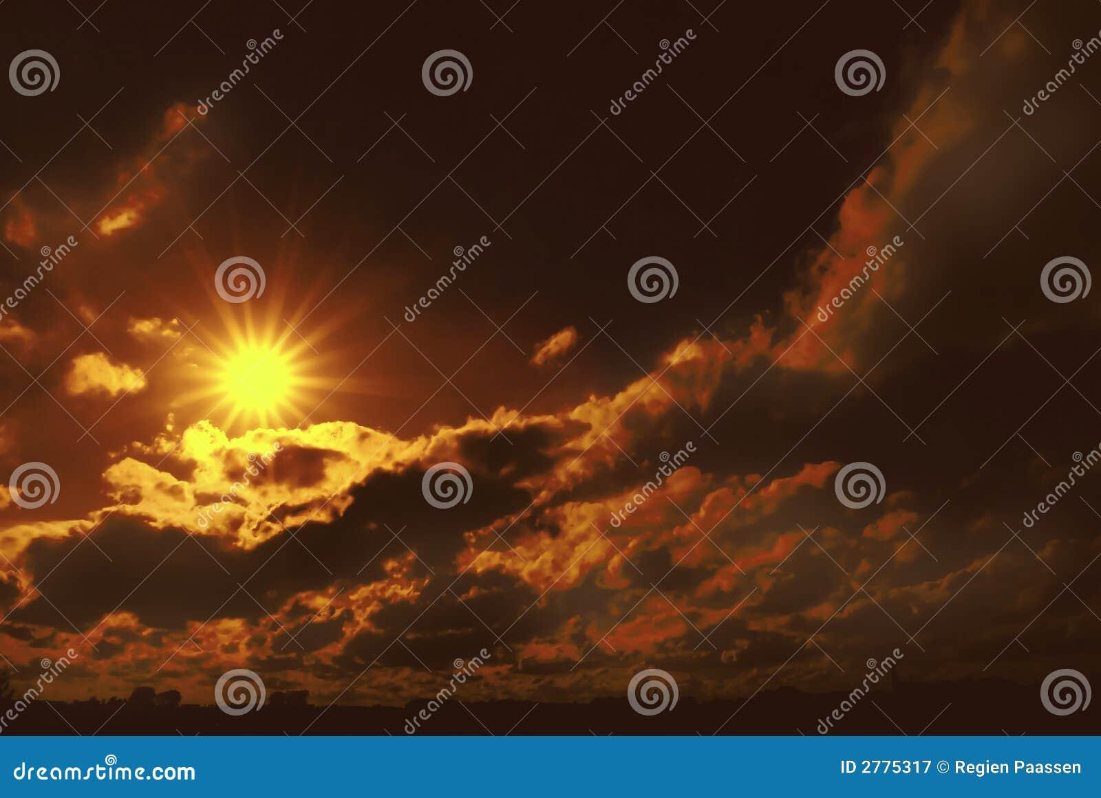 Por do sol místico