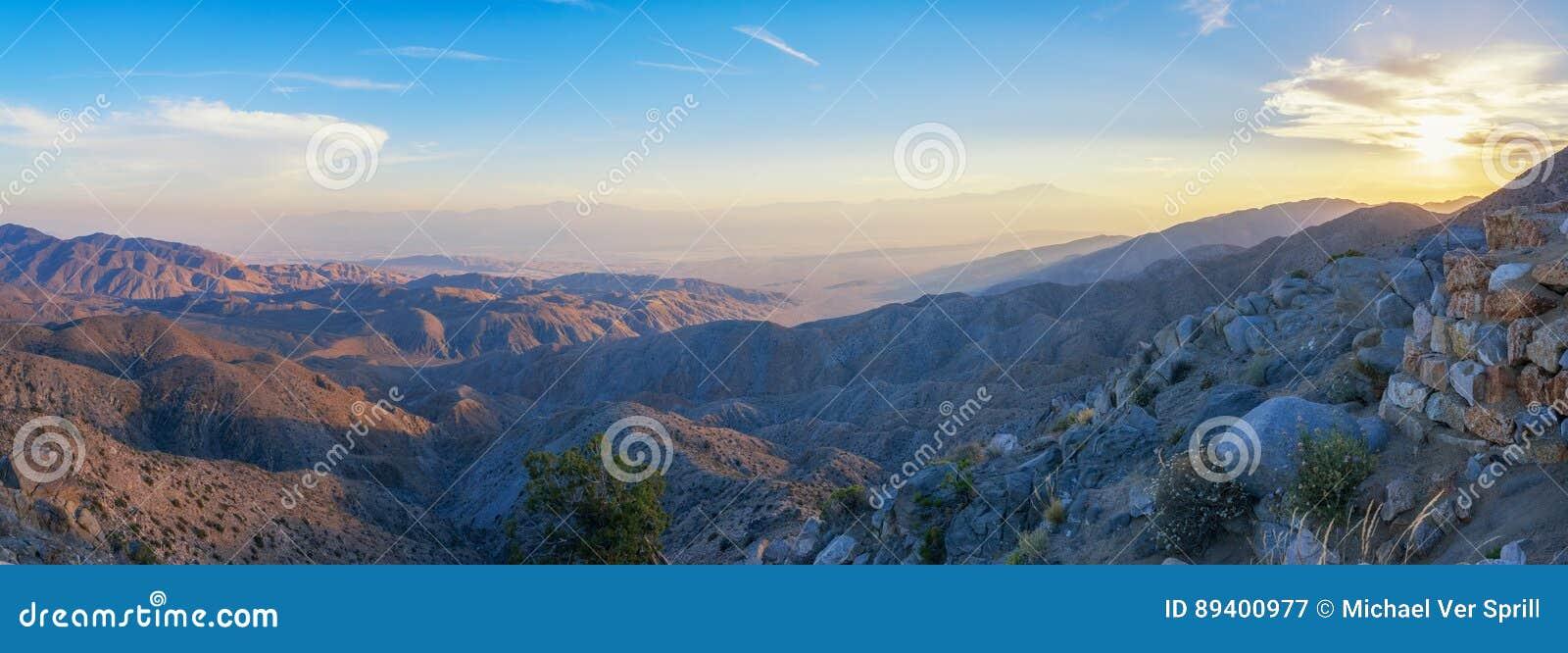 Por do sol na opinião das chaves em Joshua Tree National Park