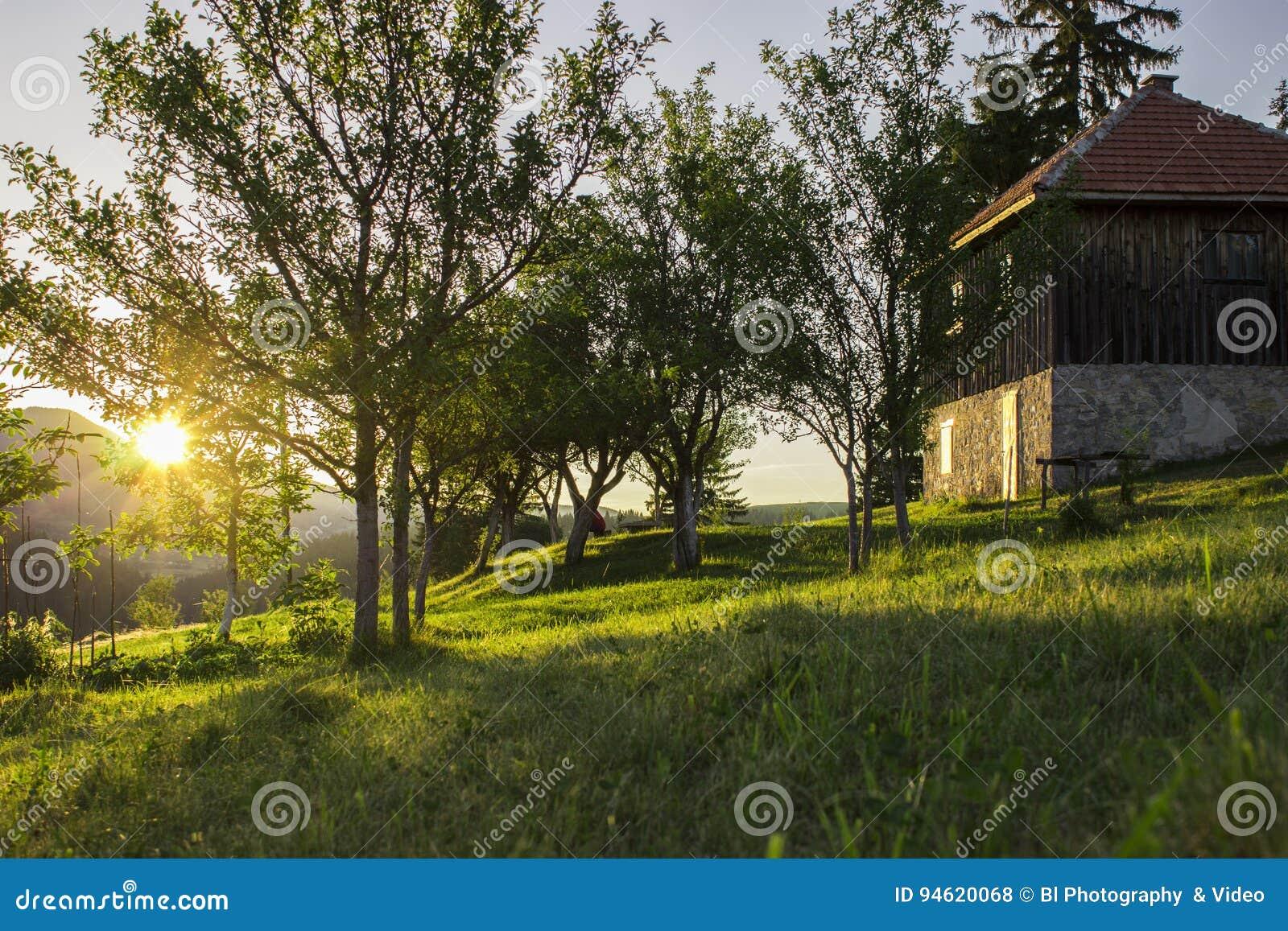 Por do sol na vila
