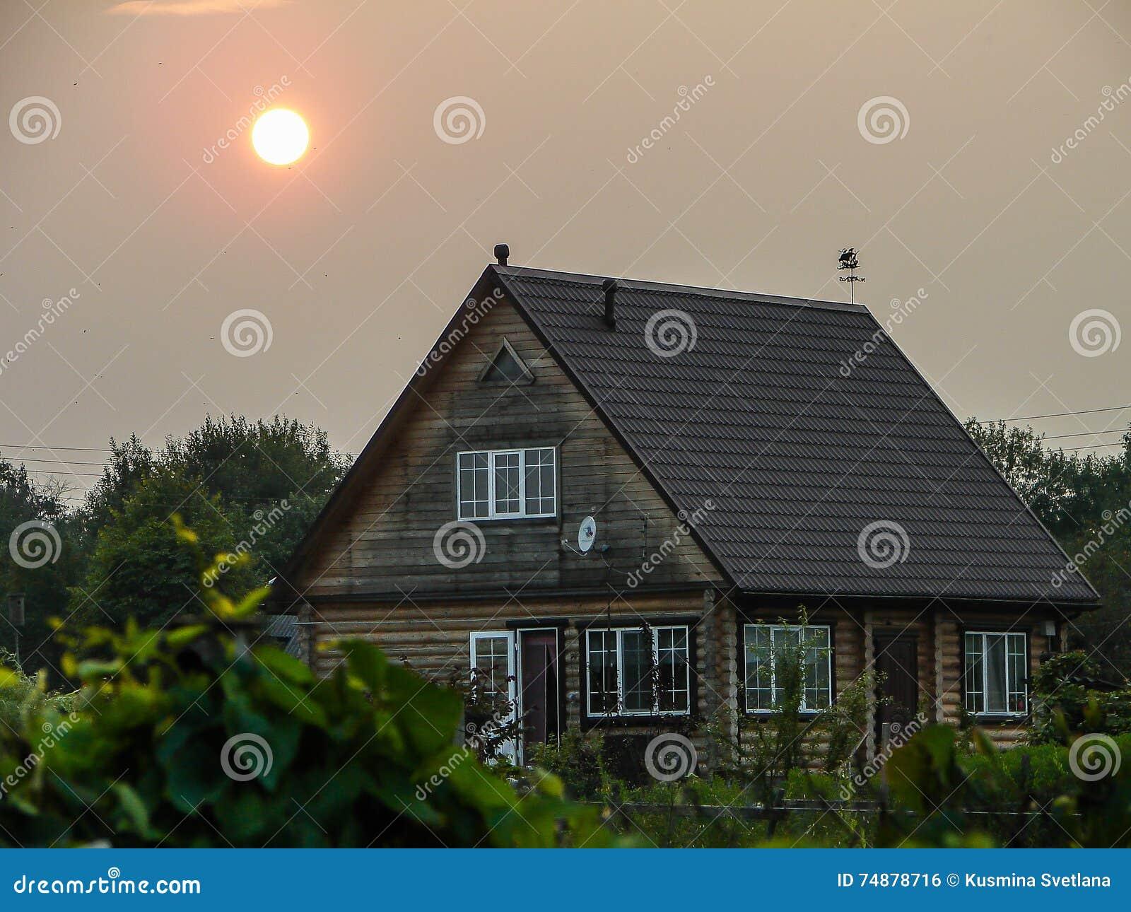 Por do sol na vila do russo