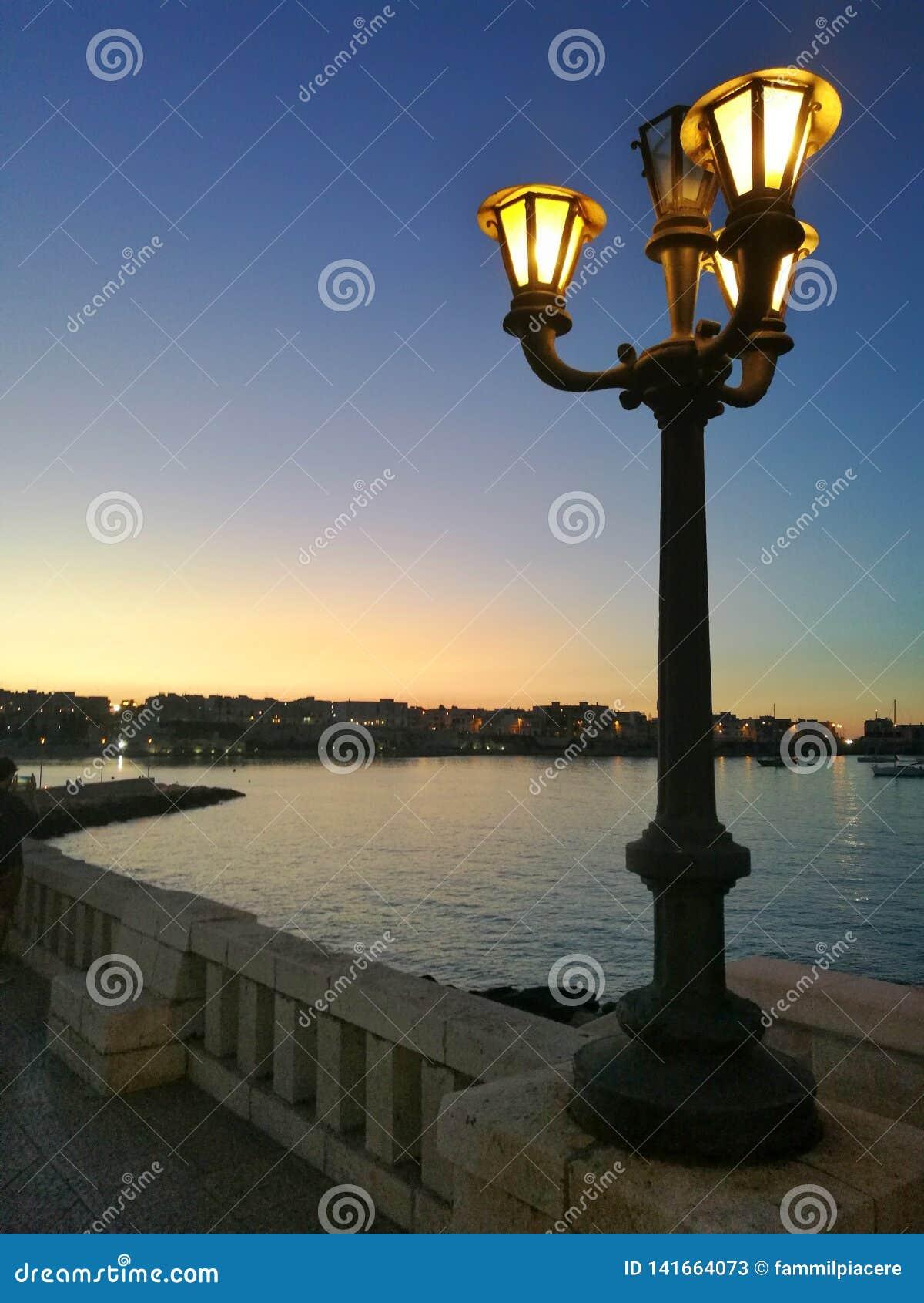 Por do sol no mar - Otranto