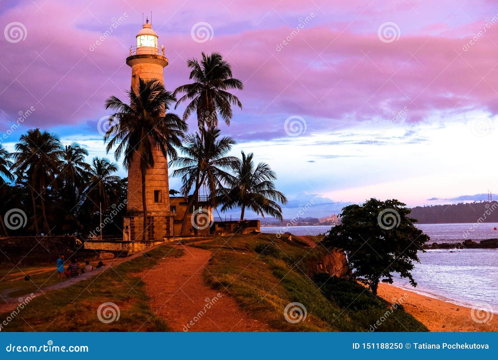 Por do sol tropical em Galle, Sri Lanka