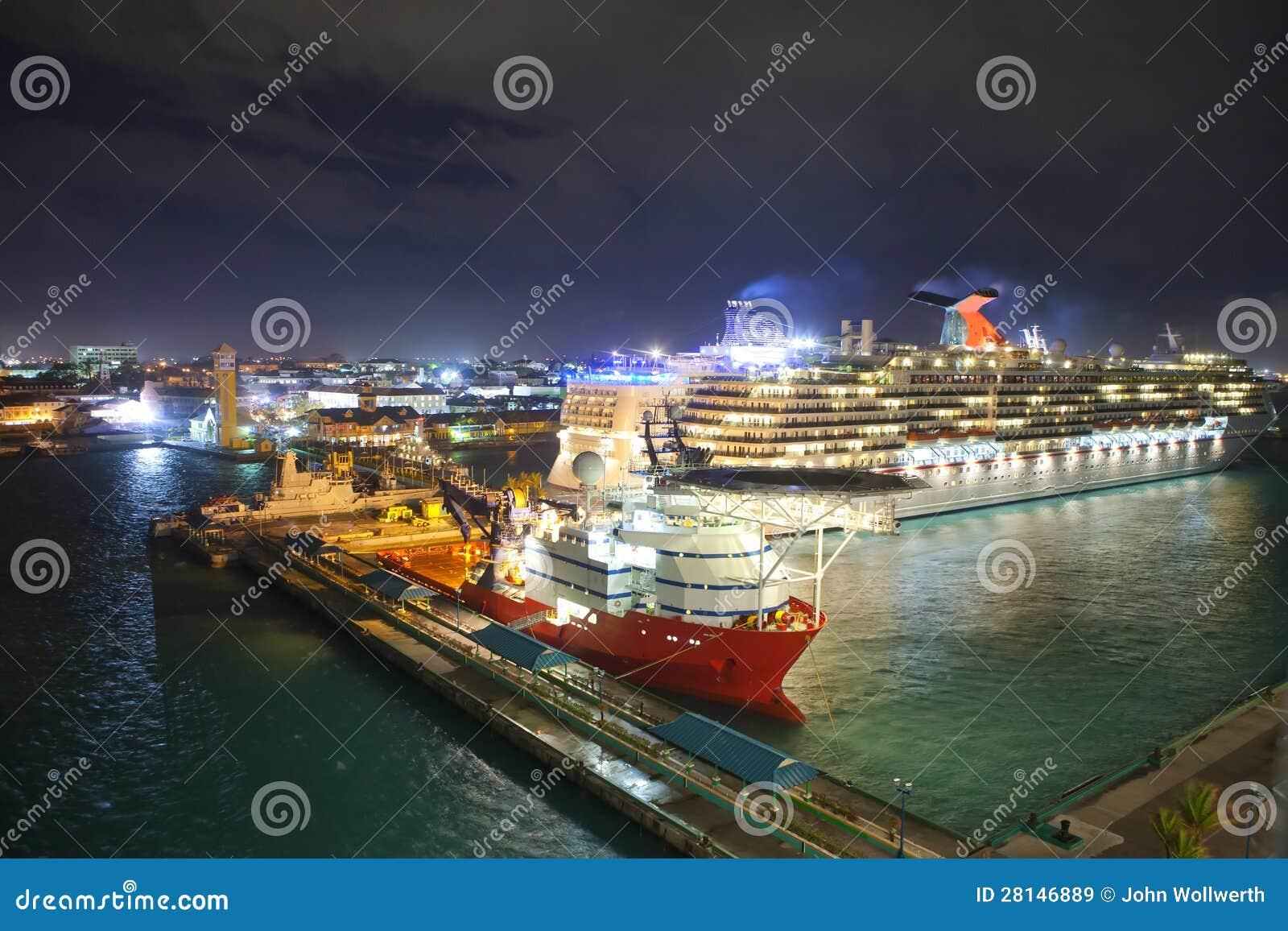 Por Nassau, Μπαχάμες τη νύχτα