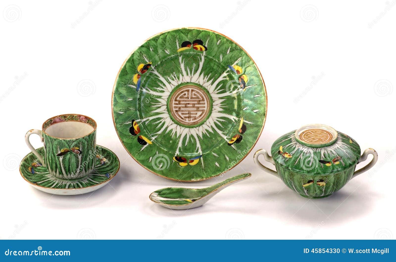 Porcelana antiga das borboletas da folha da couve chinesa