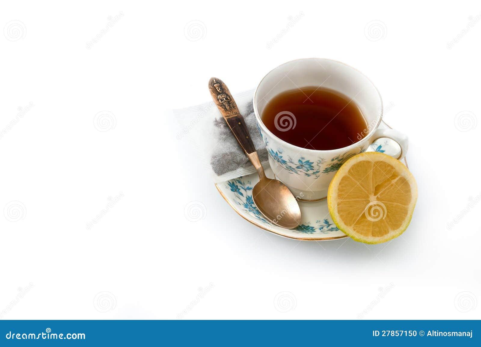 Porcelanowa herbaciana filiżanka 02