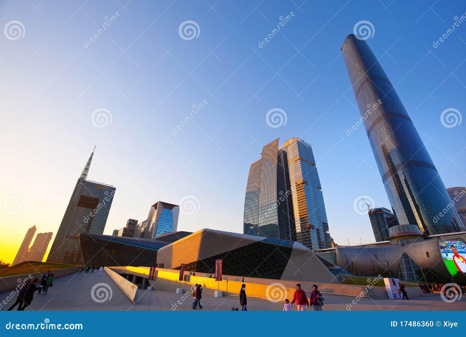 Porcelanowy miasta Guangzhou drapacz chmur